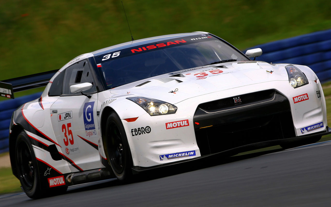 Nissan Skyline GT-R Race Car