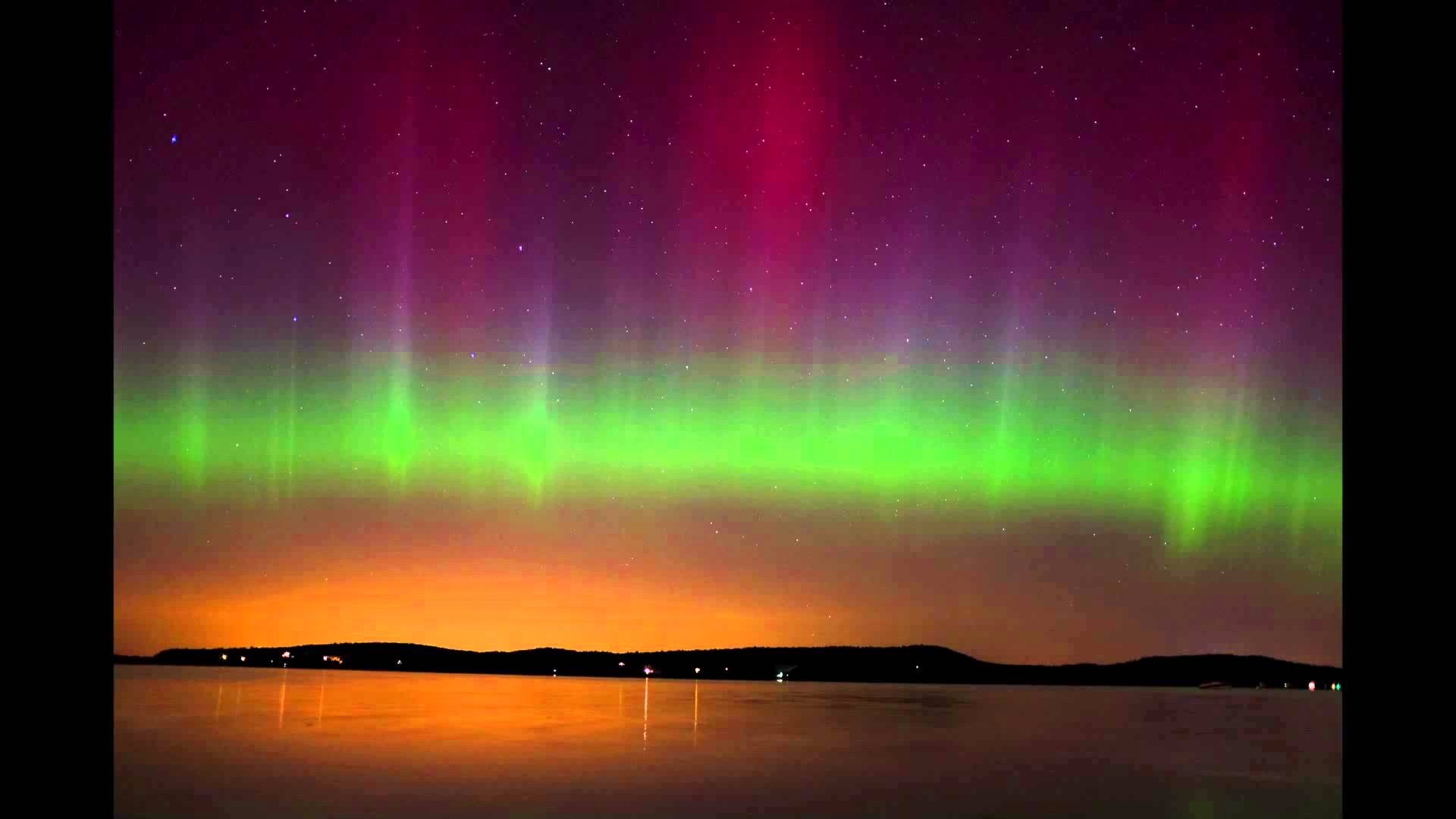 Northern Lights (Aurora Borealis) in Malletts Bay, Vermont on 10/8/2013