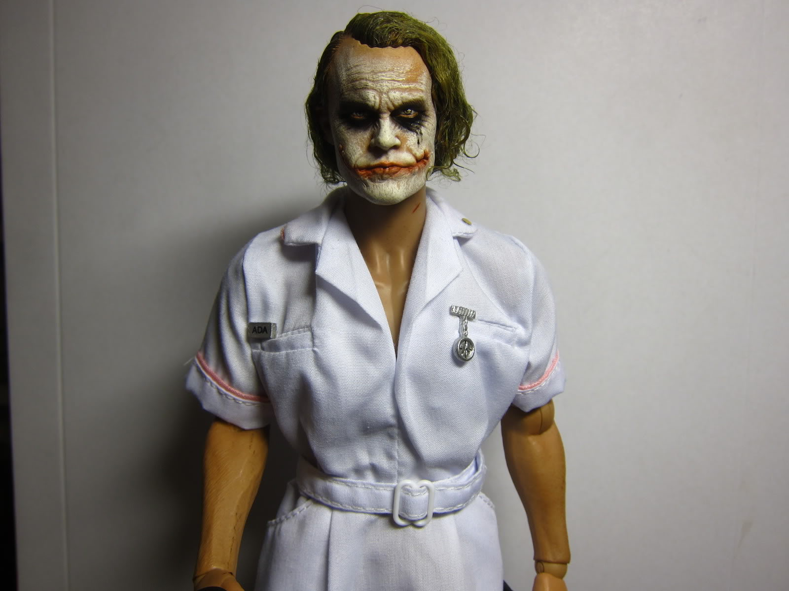 Here's a WIP of a Nurse Joker i'm working on for my friend Nic (Neo). Paintjob is by Boot and i applied the hair.
