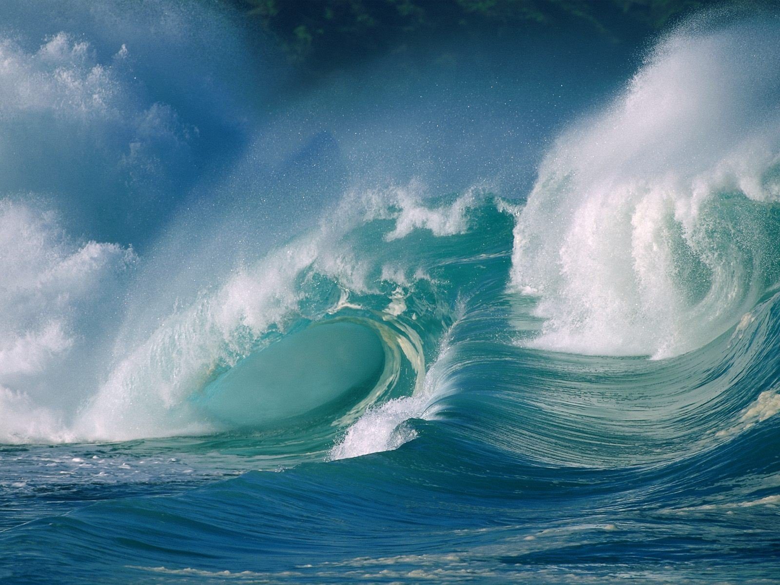 "Waves have multiple ""flows of water"" that cause it to be the powerful force that they are. Some forces of water are being drawn in, and other waters are ..."