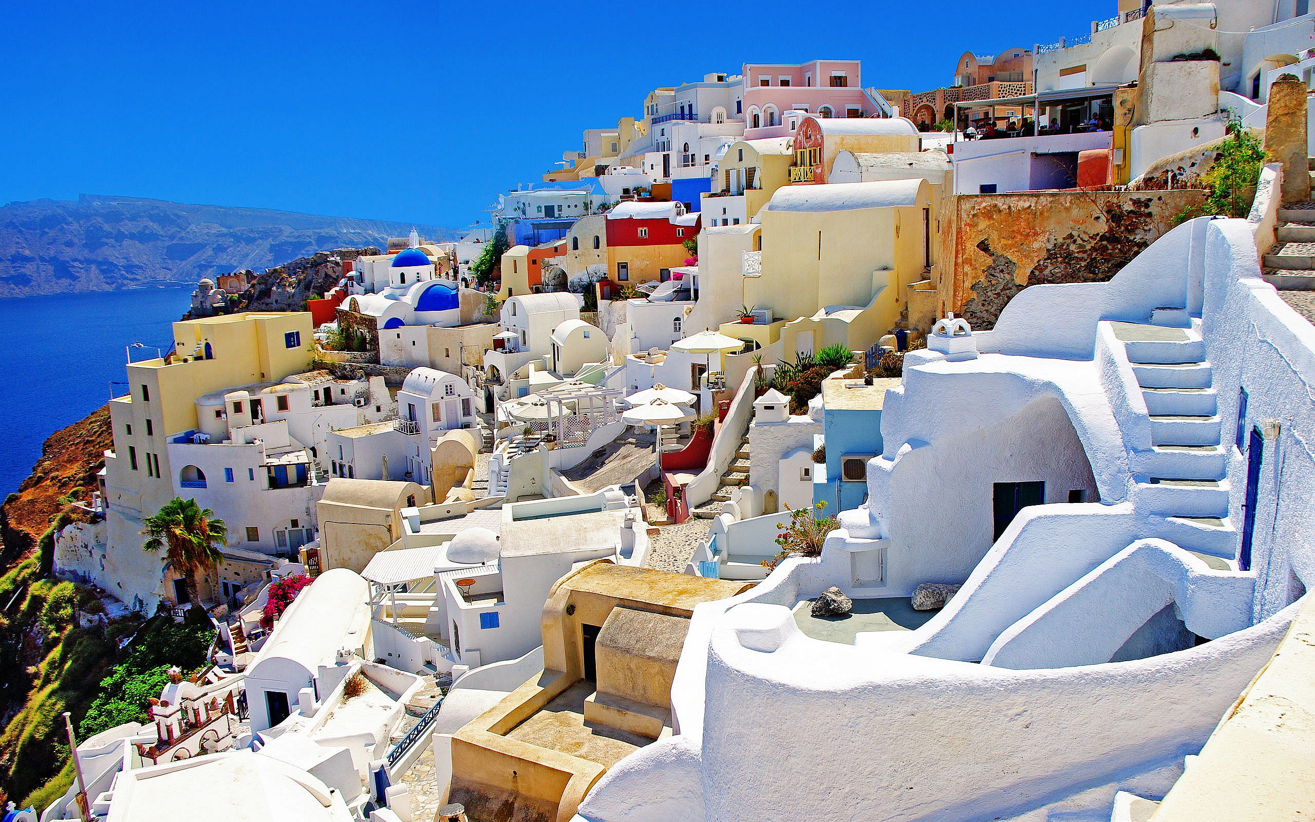 Oia santorini in greece