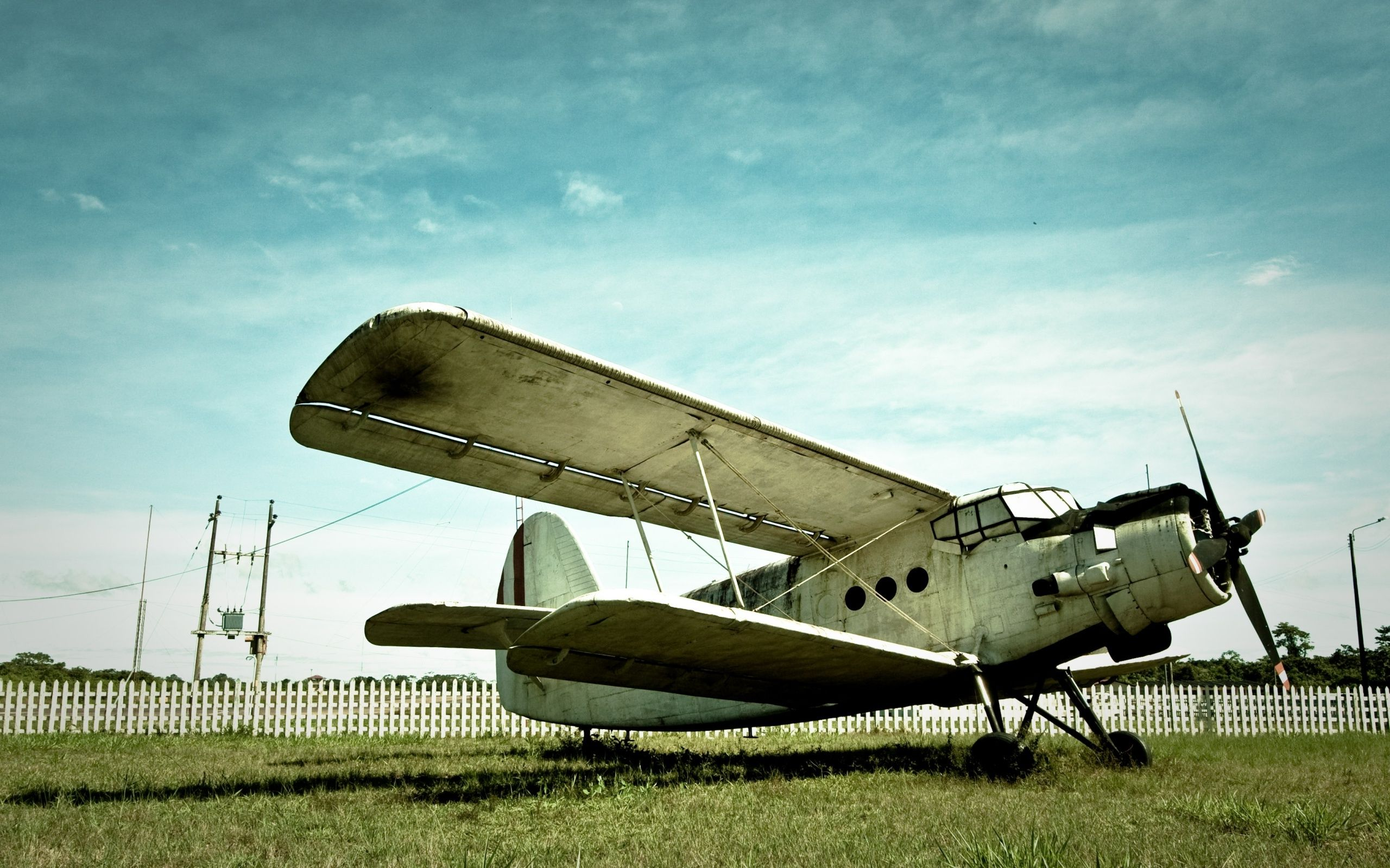 Old Airplane (click to view)