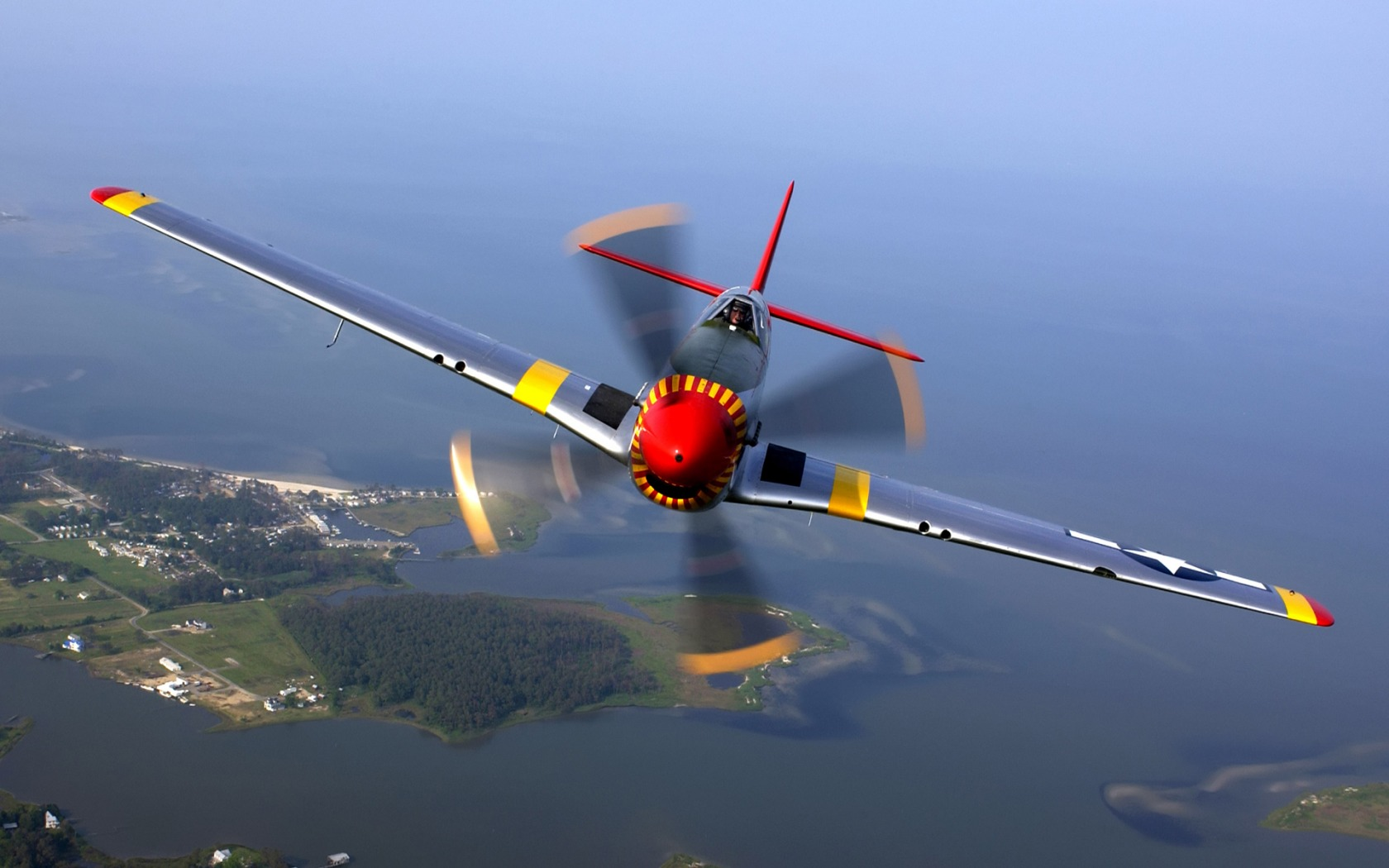 Download High quality Mustang P-51D-Old Crow Military Airplanes wallpaper / 1680x1050