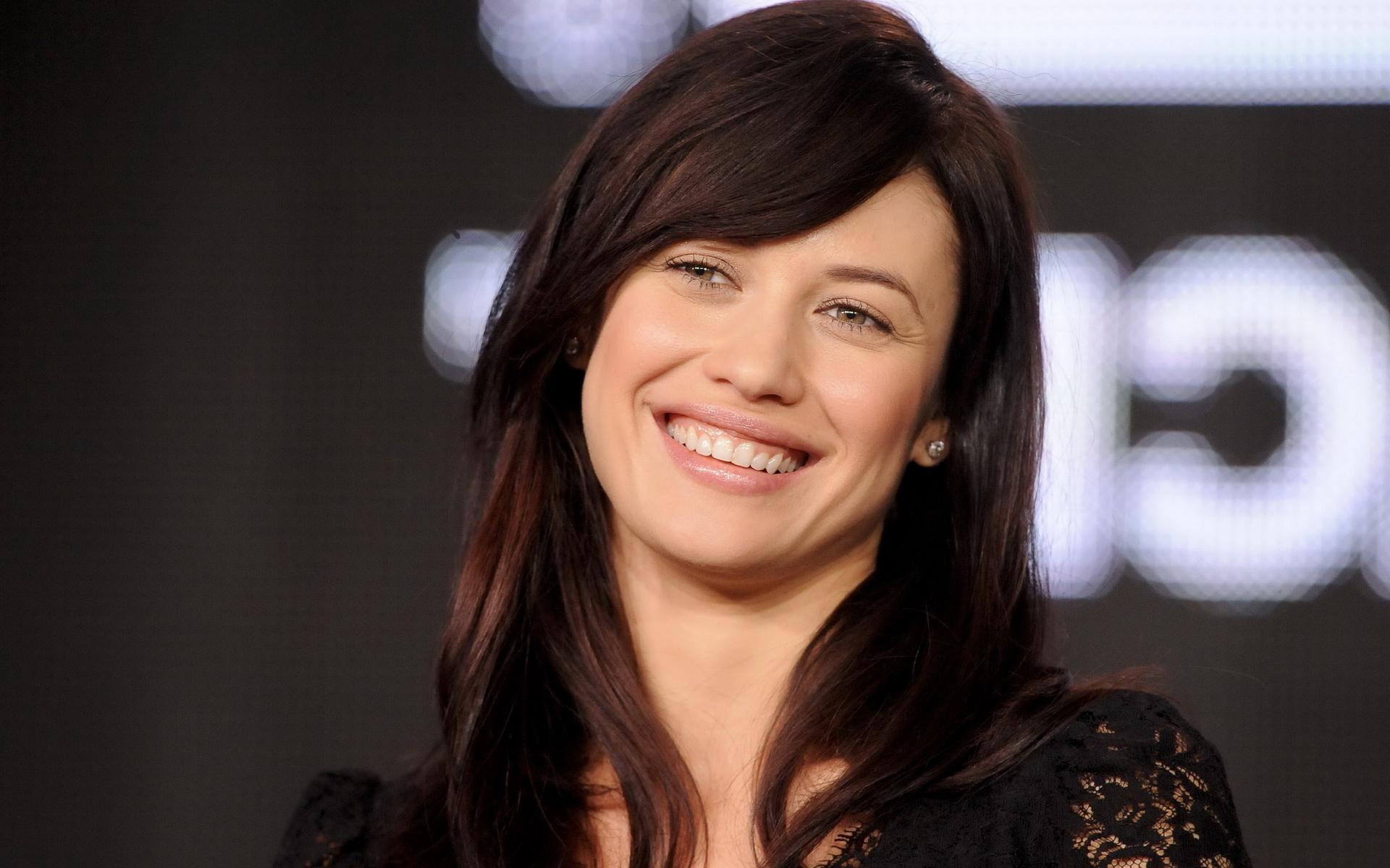 Olga kurylenko smile