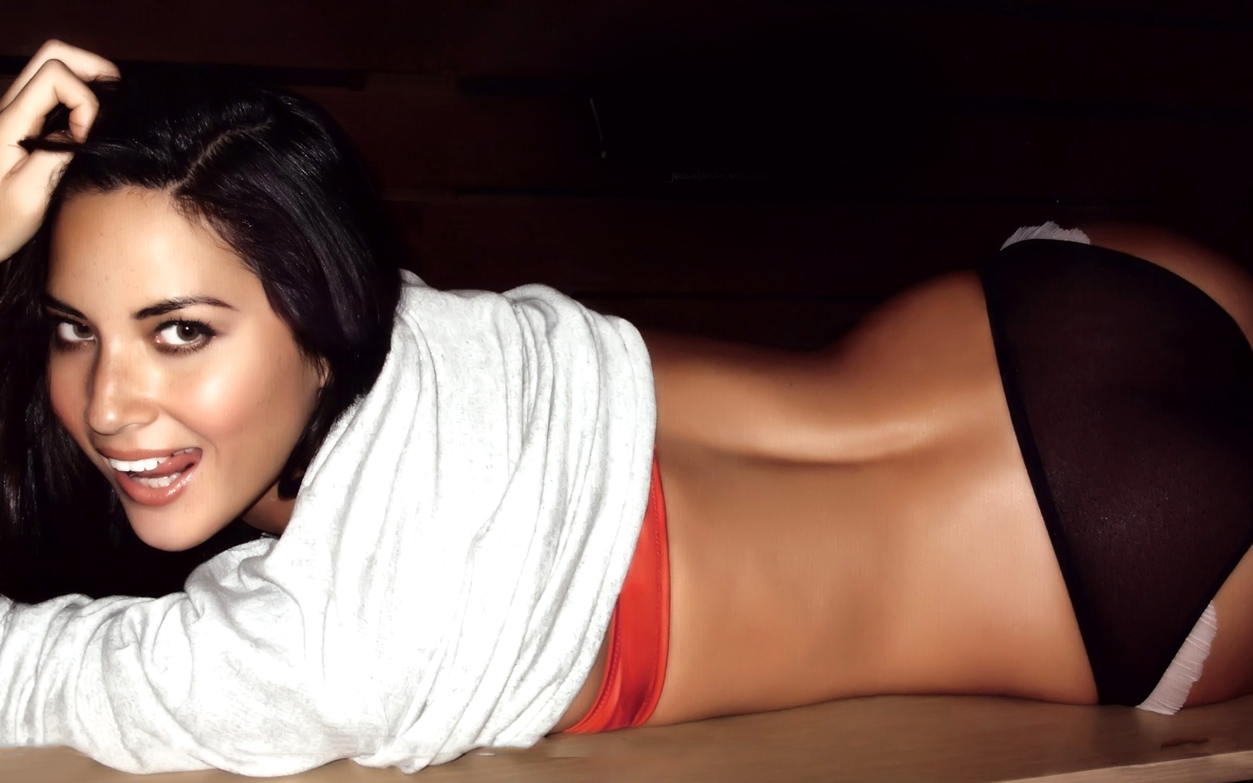 Olivia Munn (1) ...