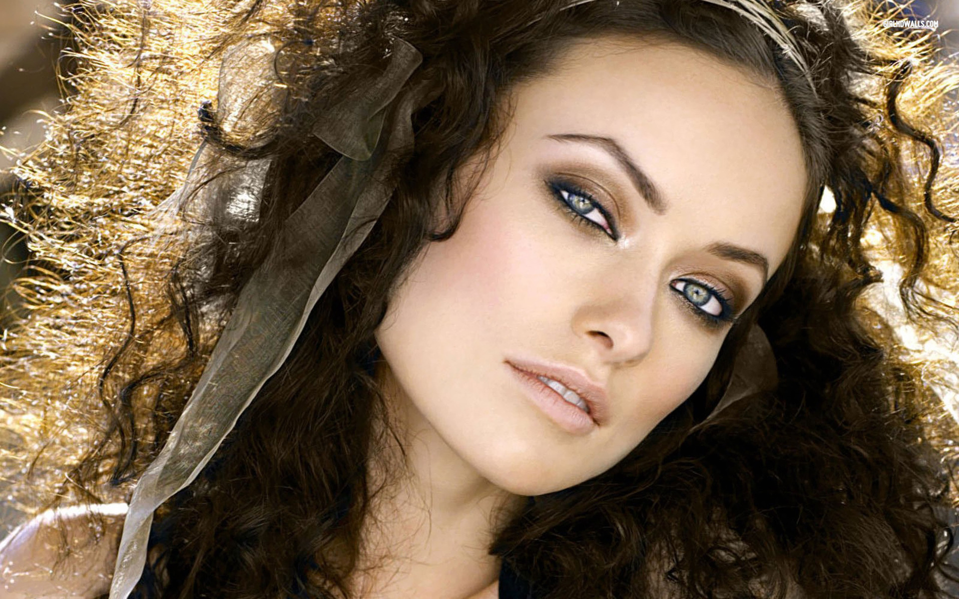 Olivia Wilde Admirable Background Beautiful Wallpaper