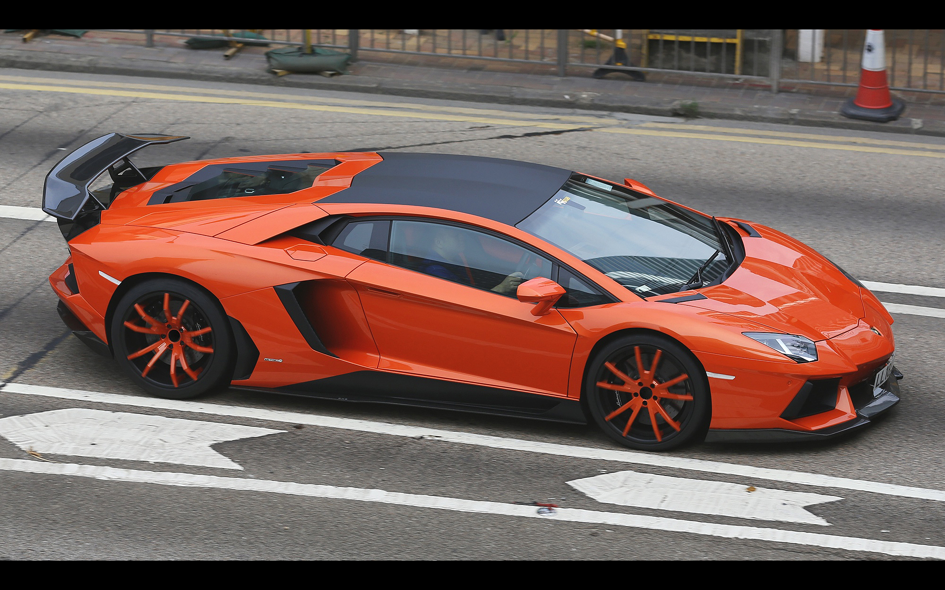 Orange Dmc Aventador LP900