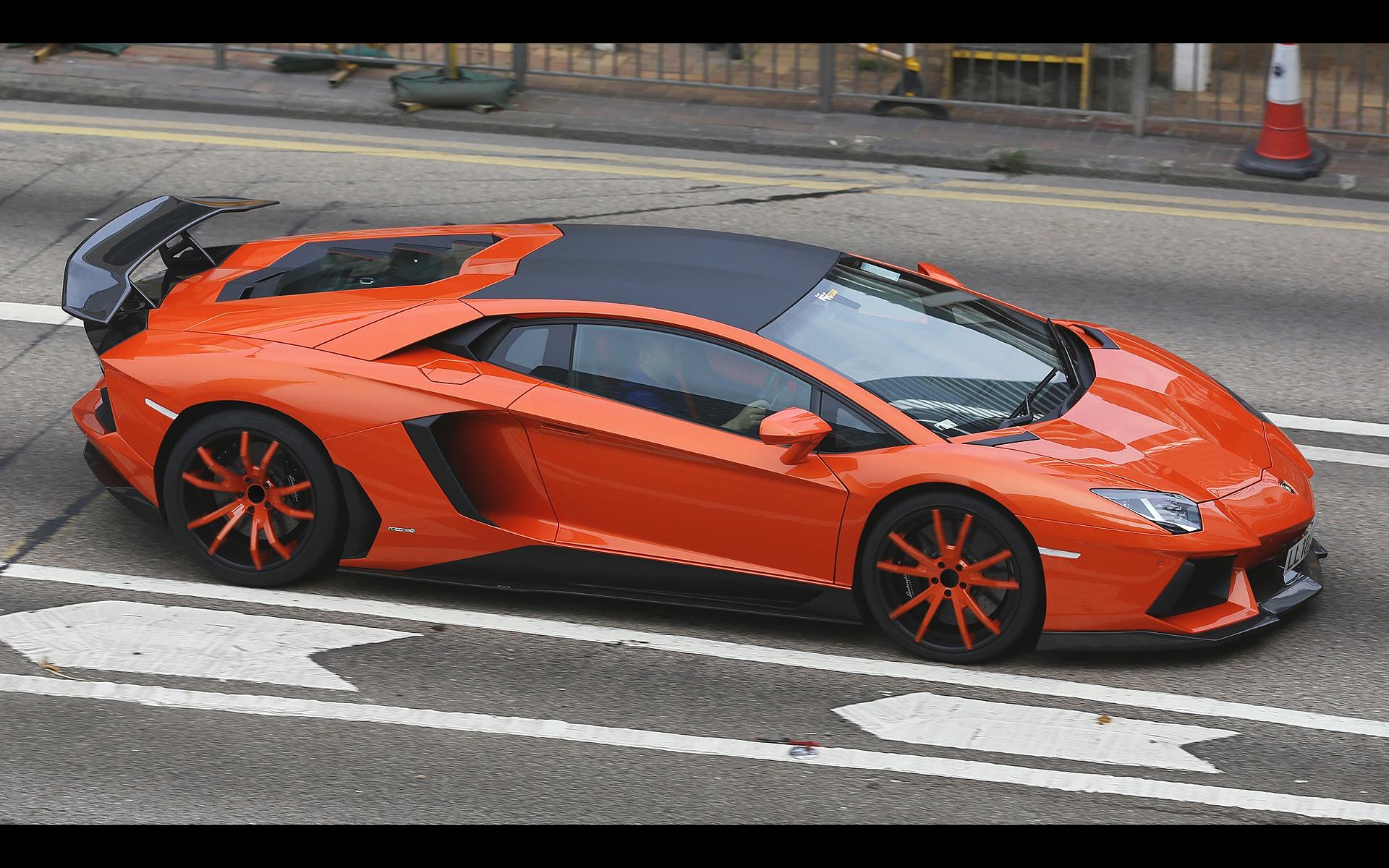 Orange Dmc Aventador LP900