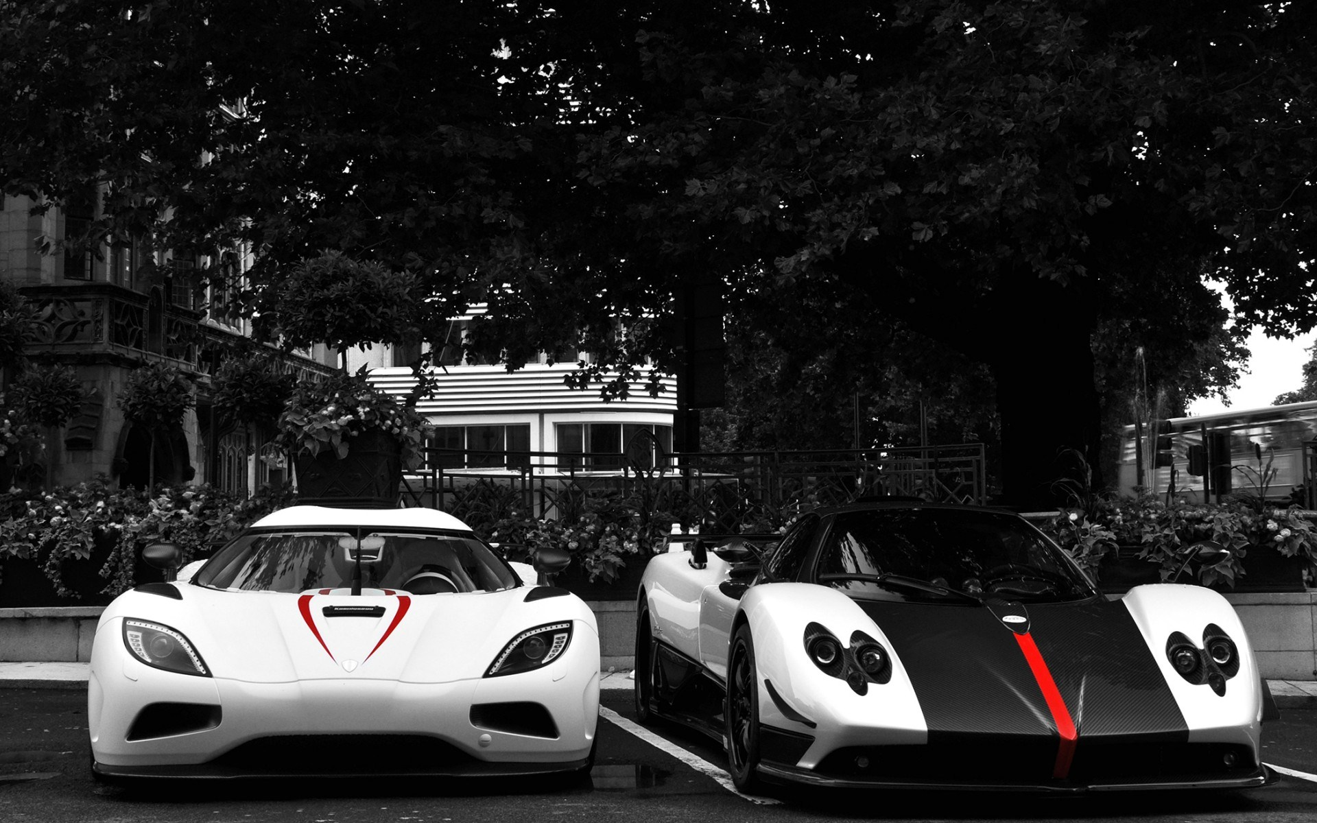Pagani Zonda Koenigsegg Agera R Luxury Exotic Cars