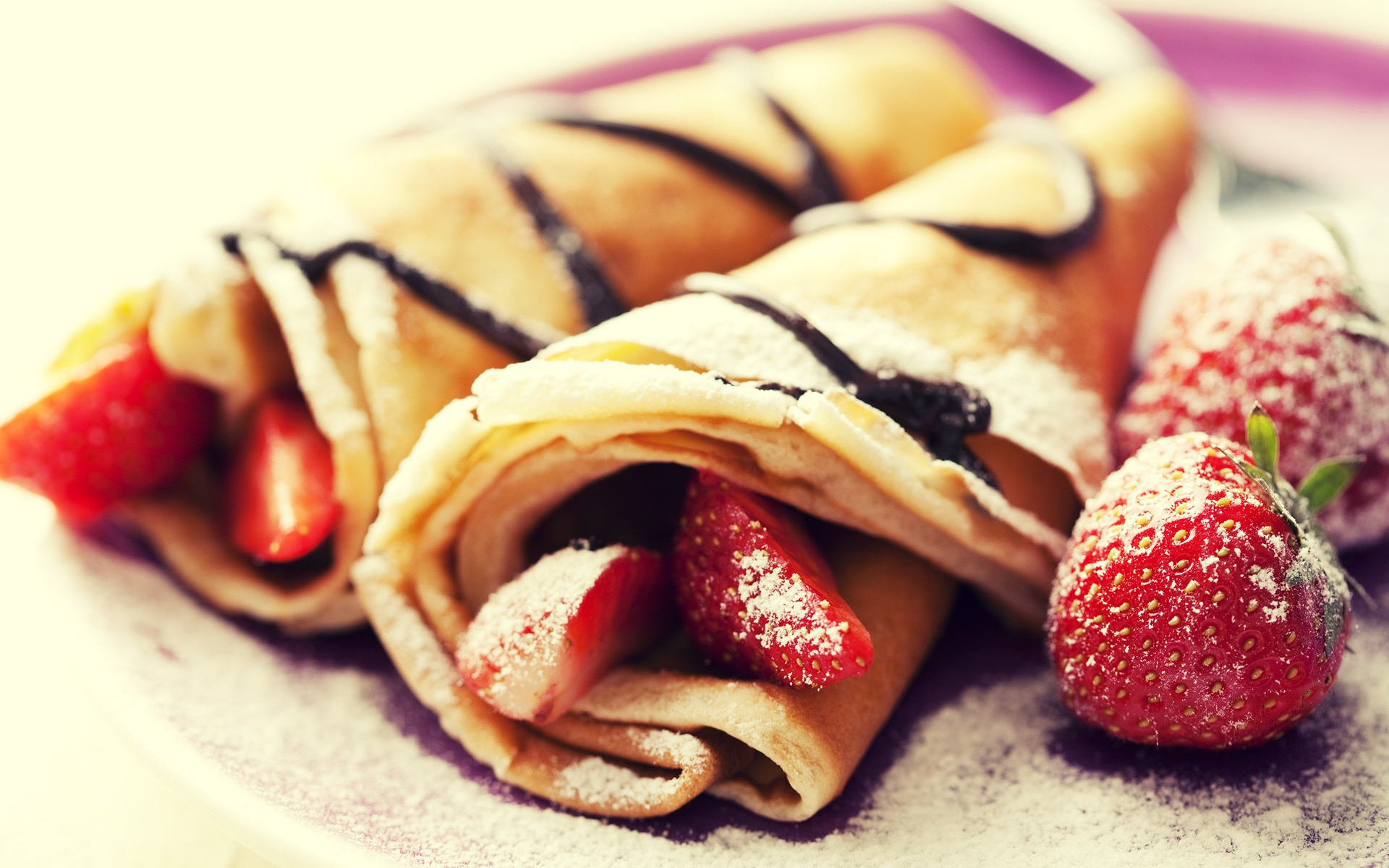 Pancakes Strawberries