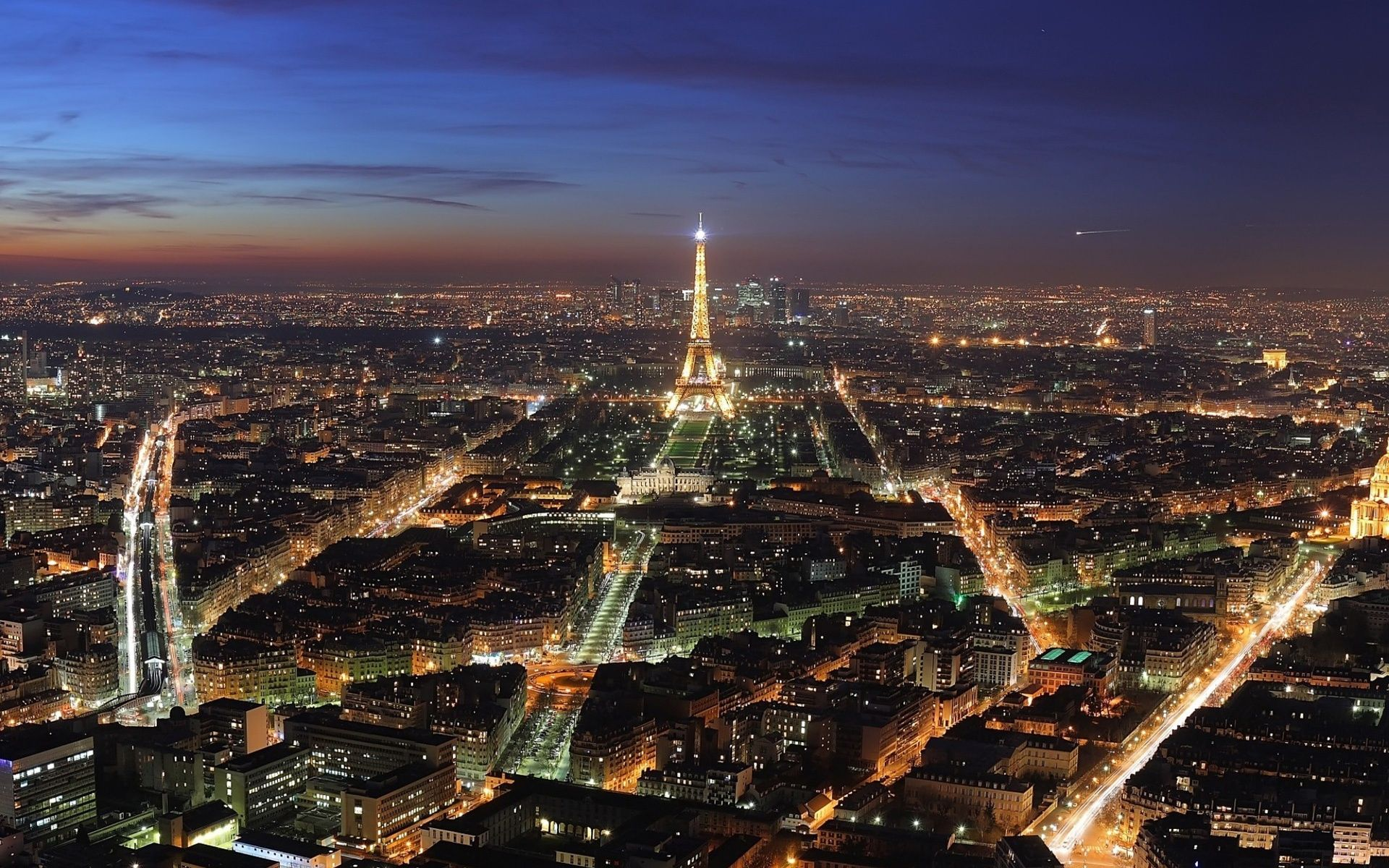 Paris city night