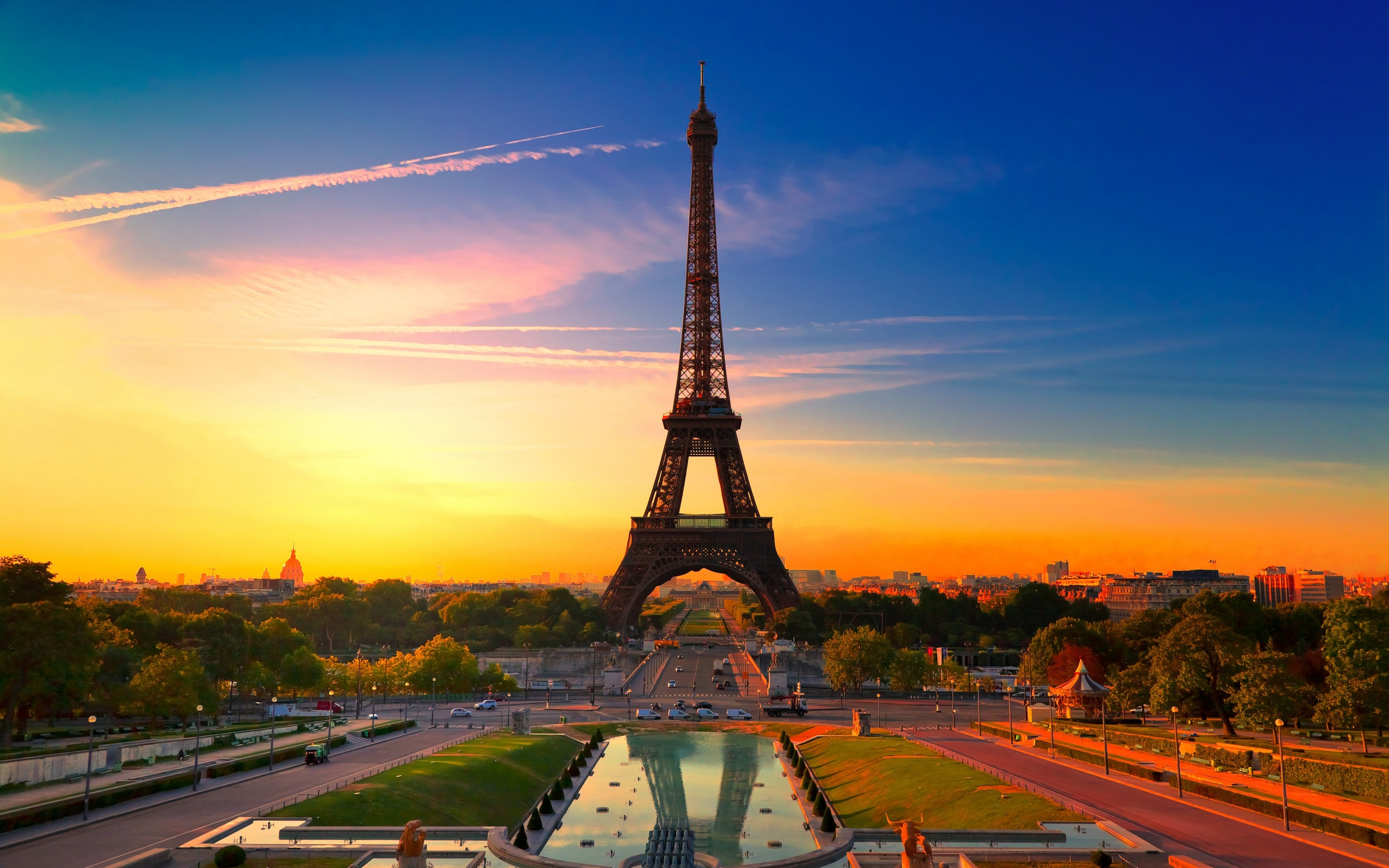Paris At Sunset wallpaper