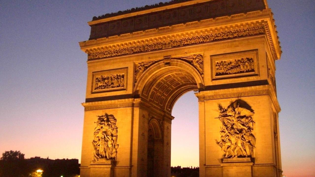 Paris Tourist Attractions 10105 1280x720 px