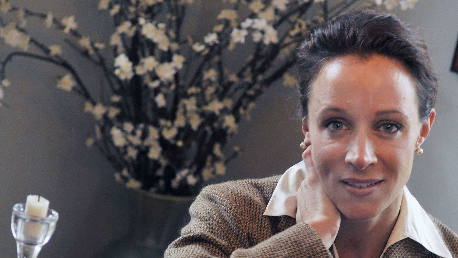 Paula Broadwell HD Wallpaper