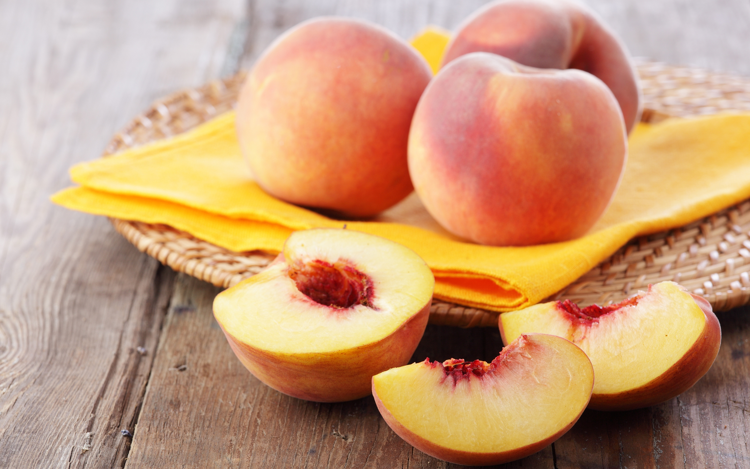 HD Wallpaper | Background ID:358843. 2560x1600 Food Peach