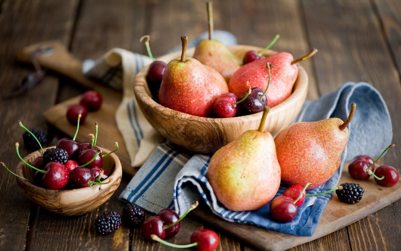 Pears Cherries Blackberries Fruit Berries Tableware Wooden