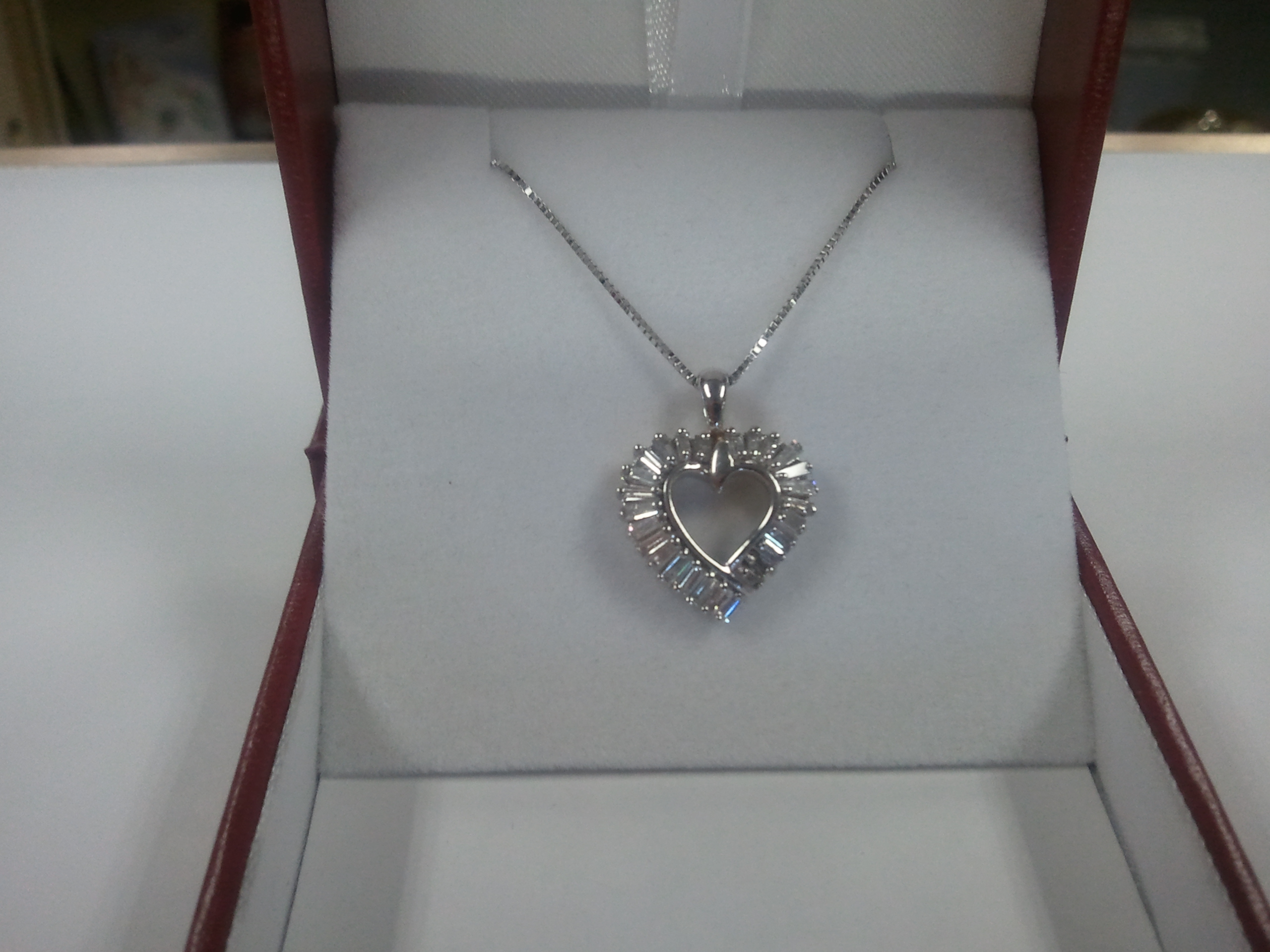 1 Ct. Heart Diamond Pendant