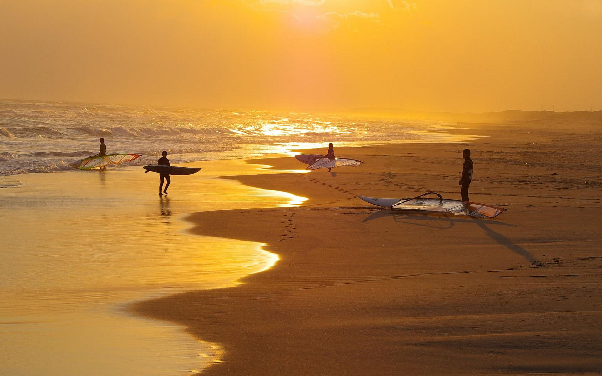 Peru Mancora Surf Beach