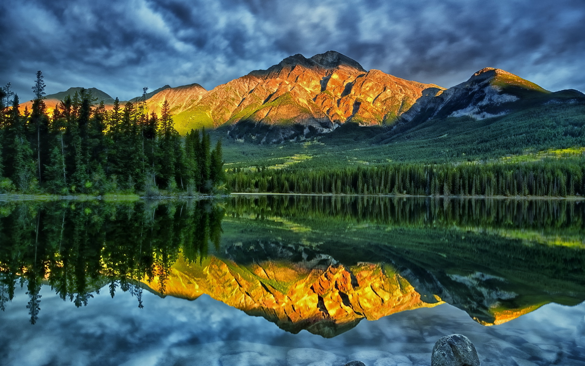 Pictures Of Canada
