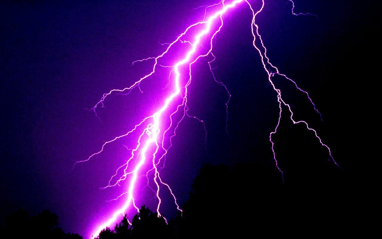 """Positive lightning makes up less than 5 % of all lightning. It occurs when the stepped leader forms at the positively charged cloud tops, ..."
