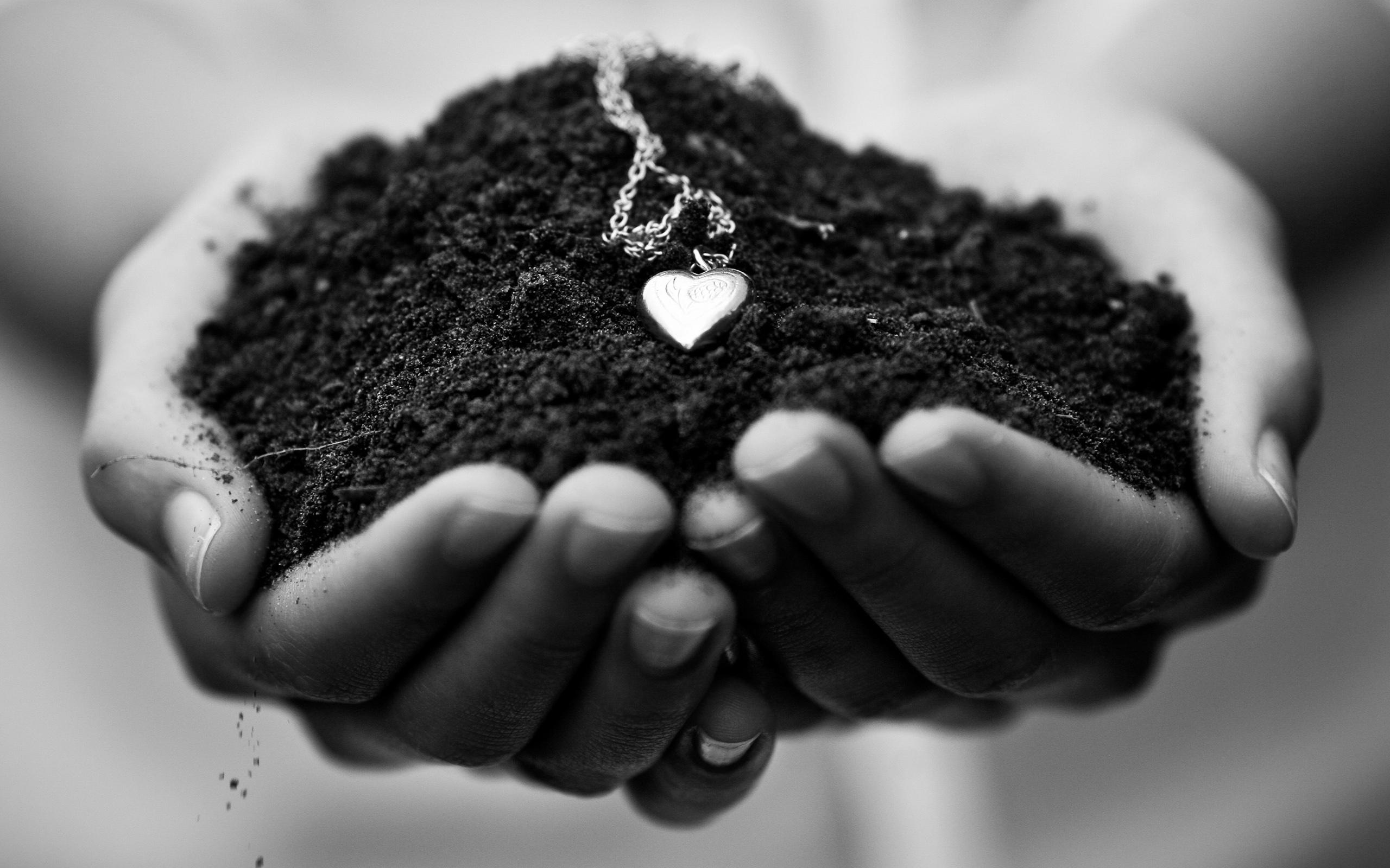 Piece Earth Heart Pendant