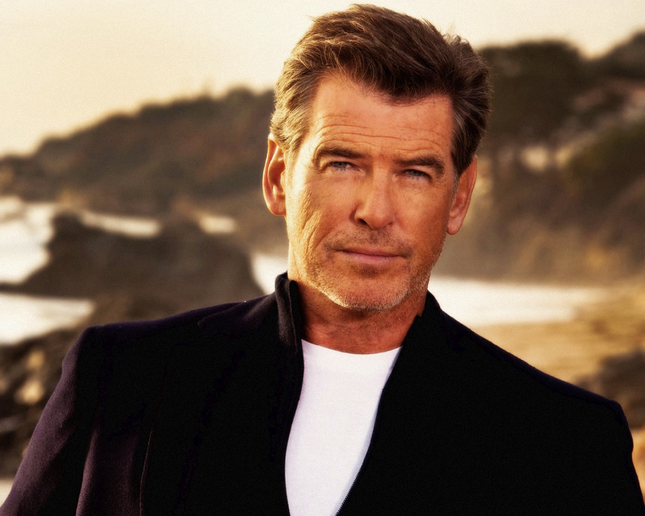 Pierce Brosnan Finds Comfort through Prayer, Catholic Faith after Wife, Daughter's Deaths | Gospelherald.com