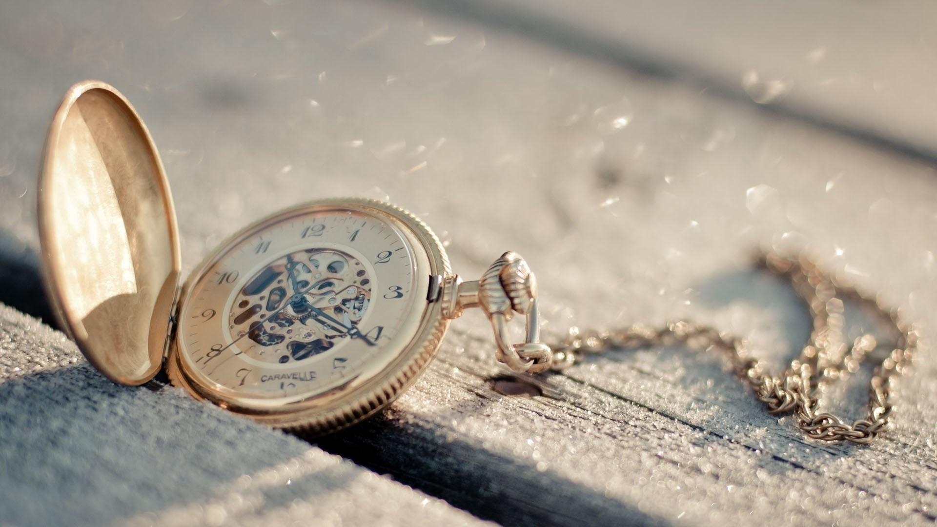 Pocket Watch Chain Wallpaper