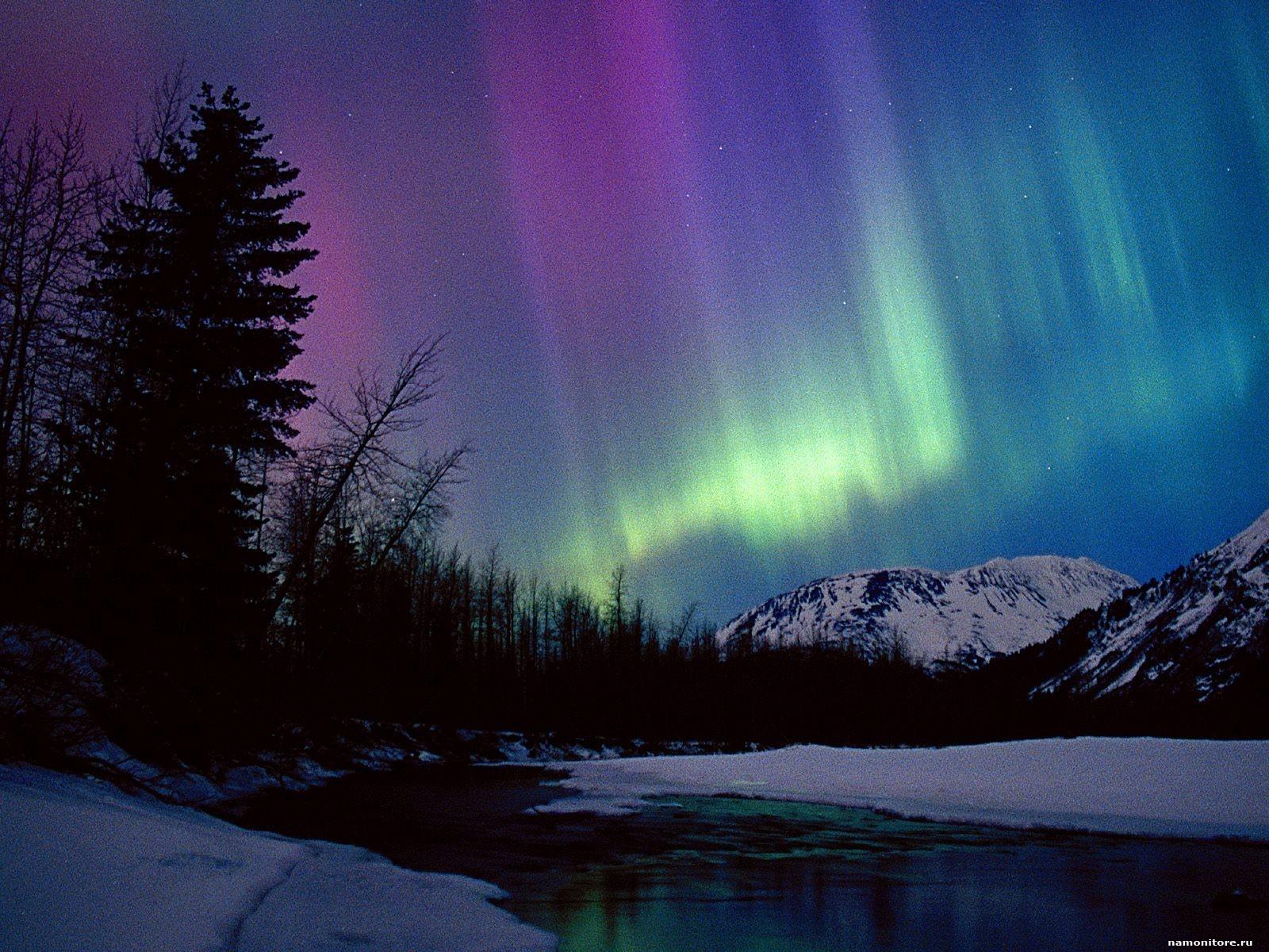 The Polar lights over hills, nature, night, winter 1600x1200