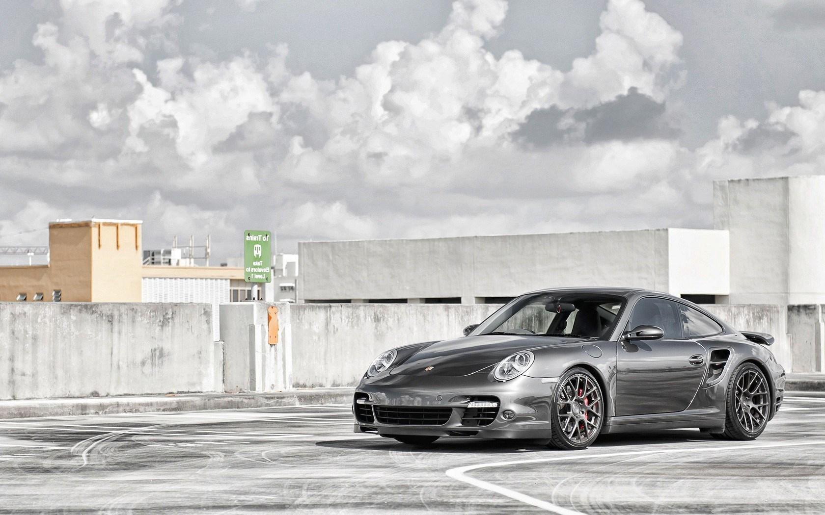 Porsche 911 Parking