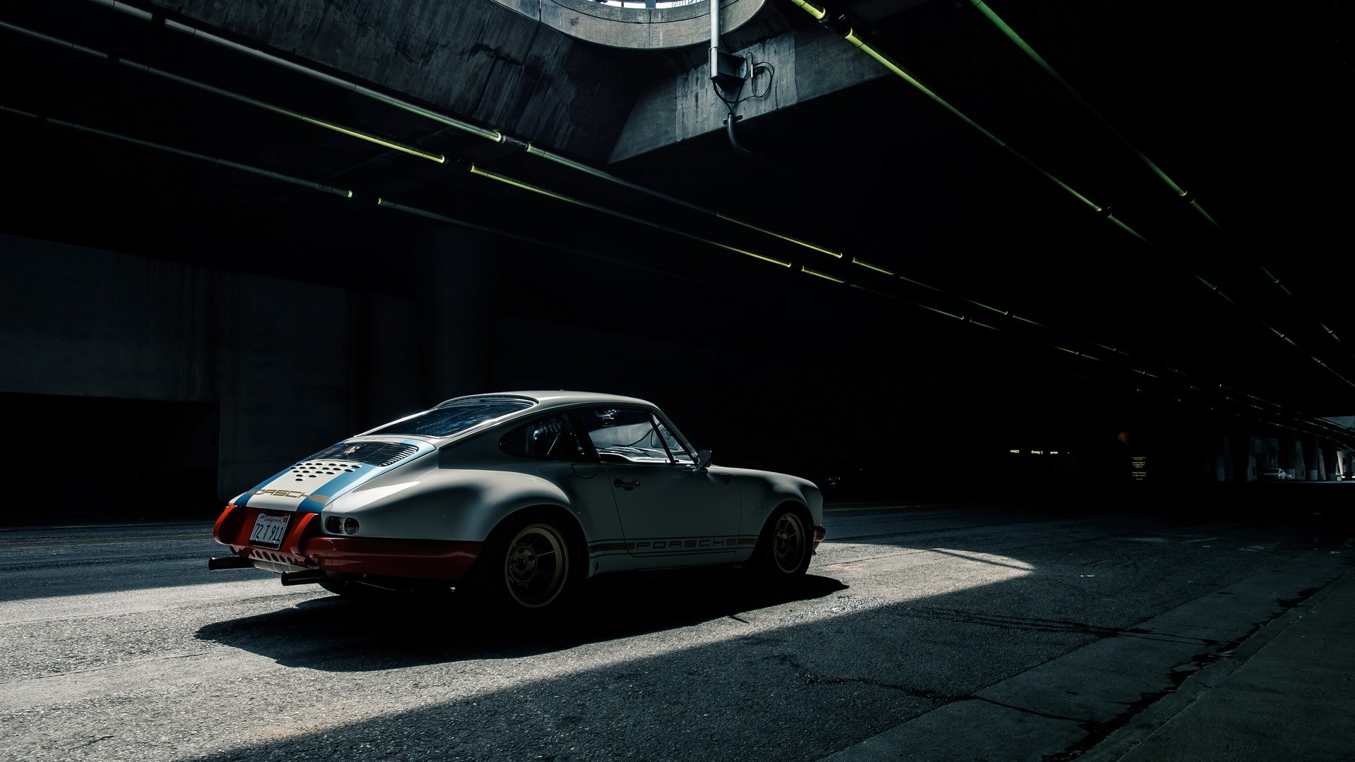 Patch of Light Tunnel Porsche 911 HD Wallpaper