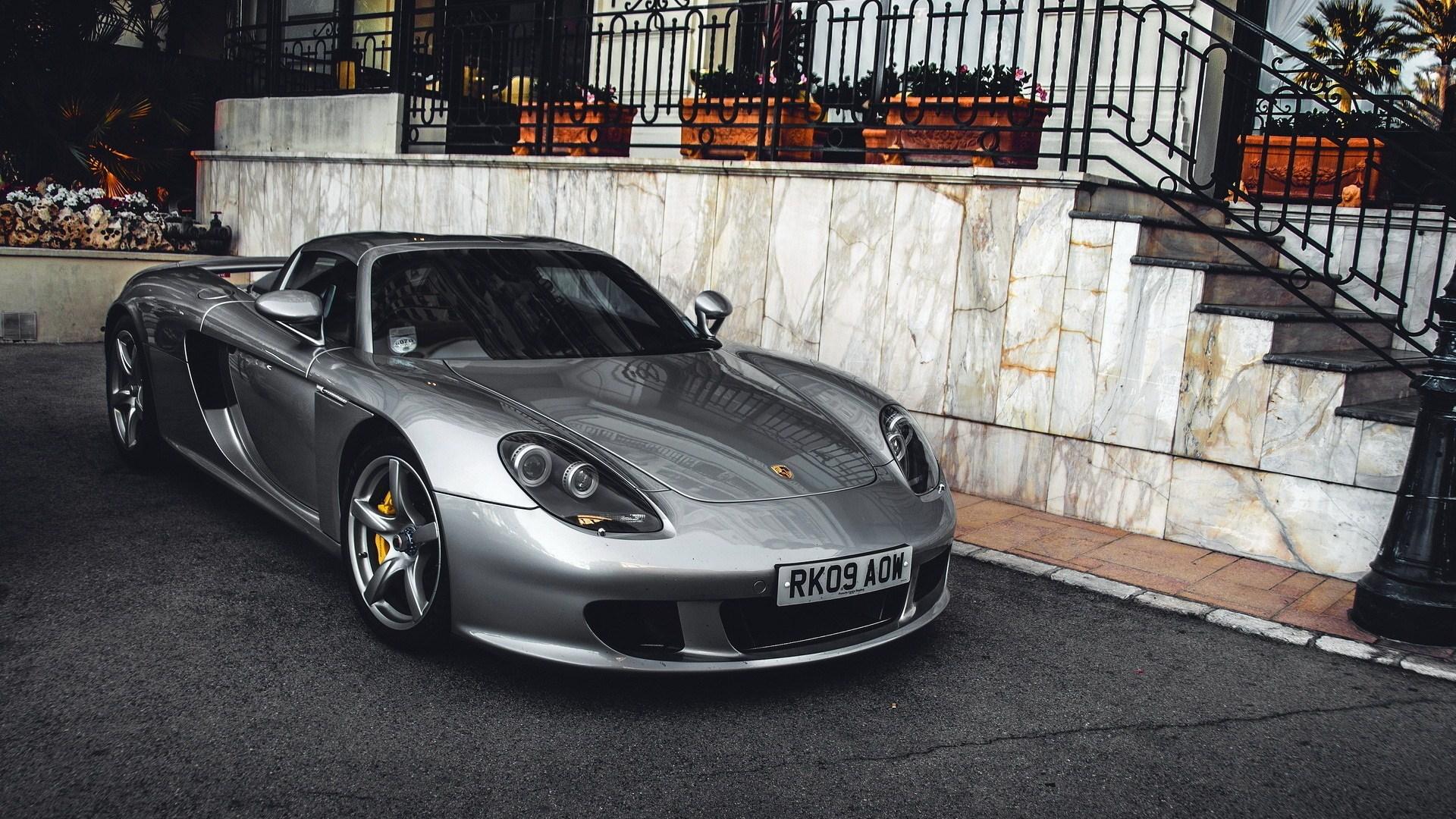 Porsche Carrera GT Exotic Car
