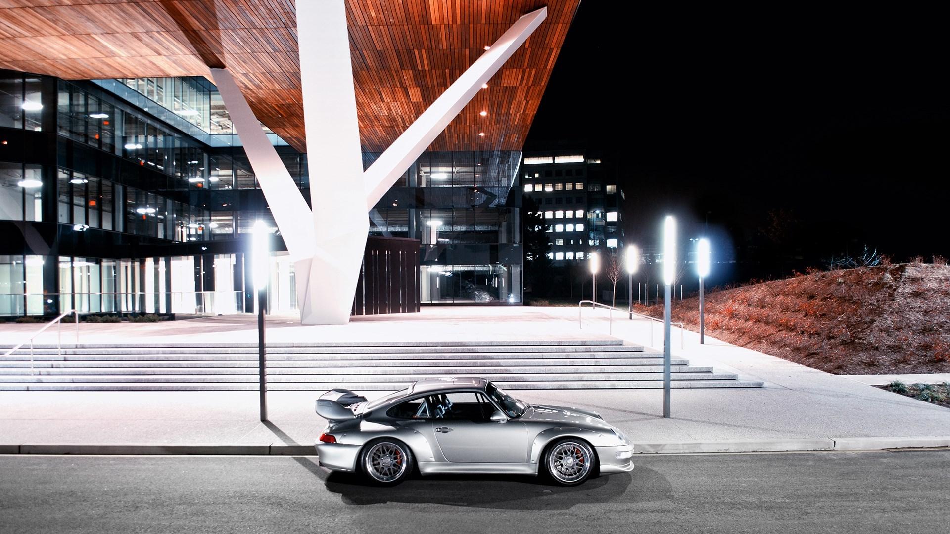Porsche City Night