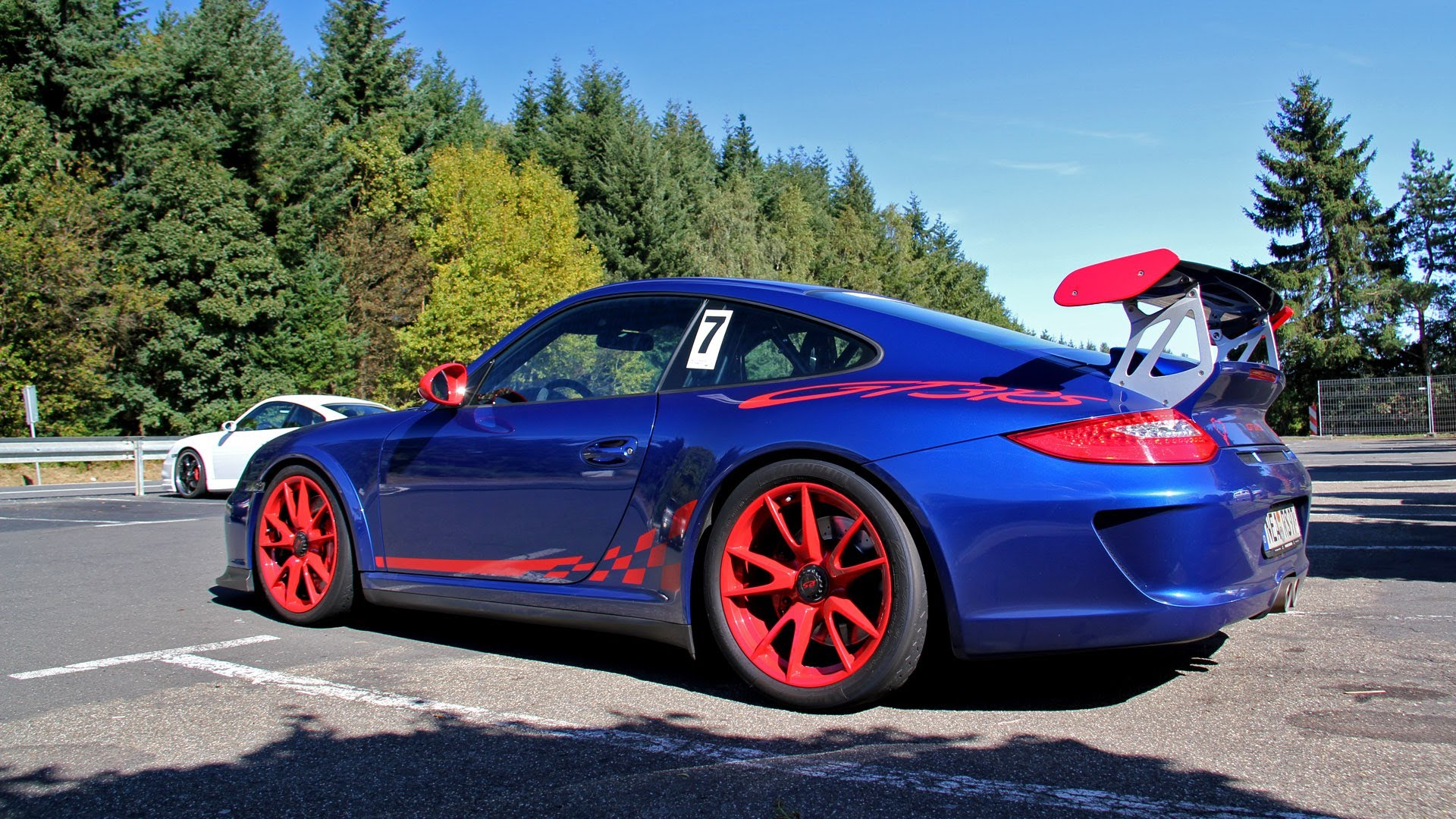 Blue/Red Porsche 997.2 GT3 RS at the Nurburgring!