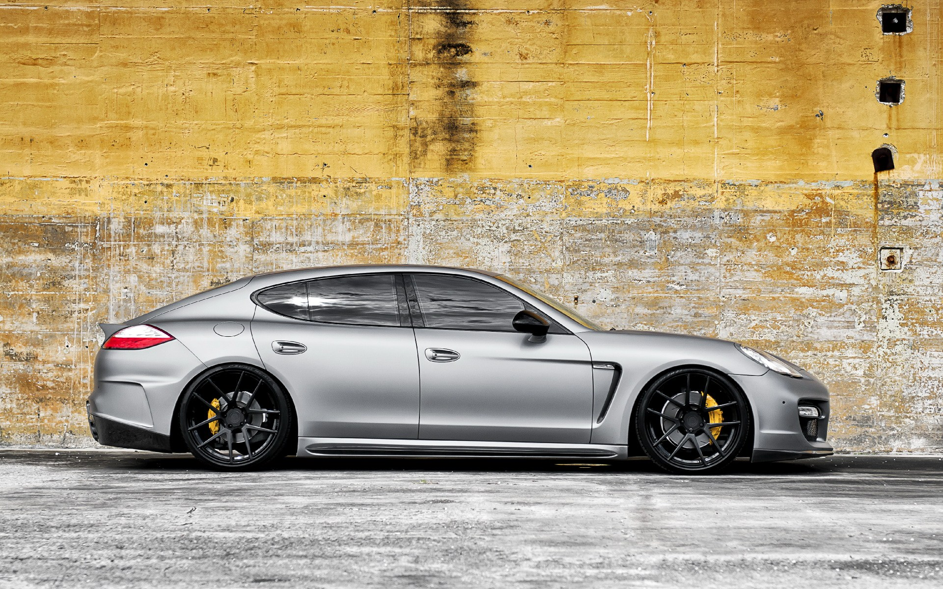 Matte Porsche Panamera Unique Adv.1 Wheels HD Wallpaper is a awesome hd photography. Free to upload, share the high definition photos.