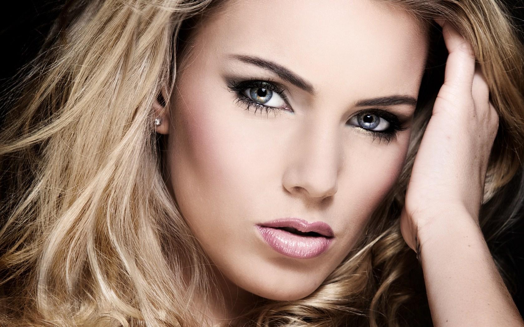 Portrait Beauty Blonde Woman