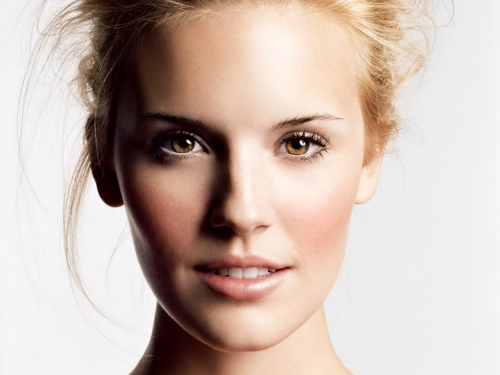 Portrait Pictures 31668 1280x800 px
