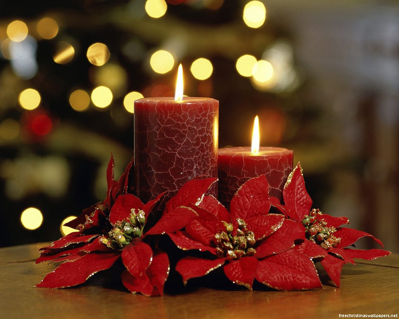 Pretty Christmas Candle Wallpaper