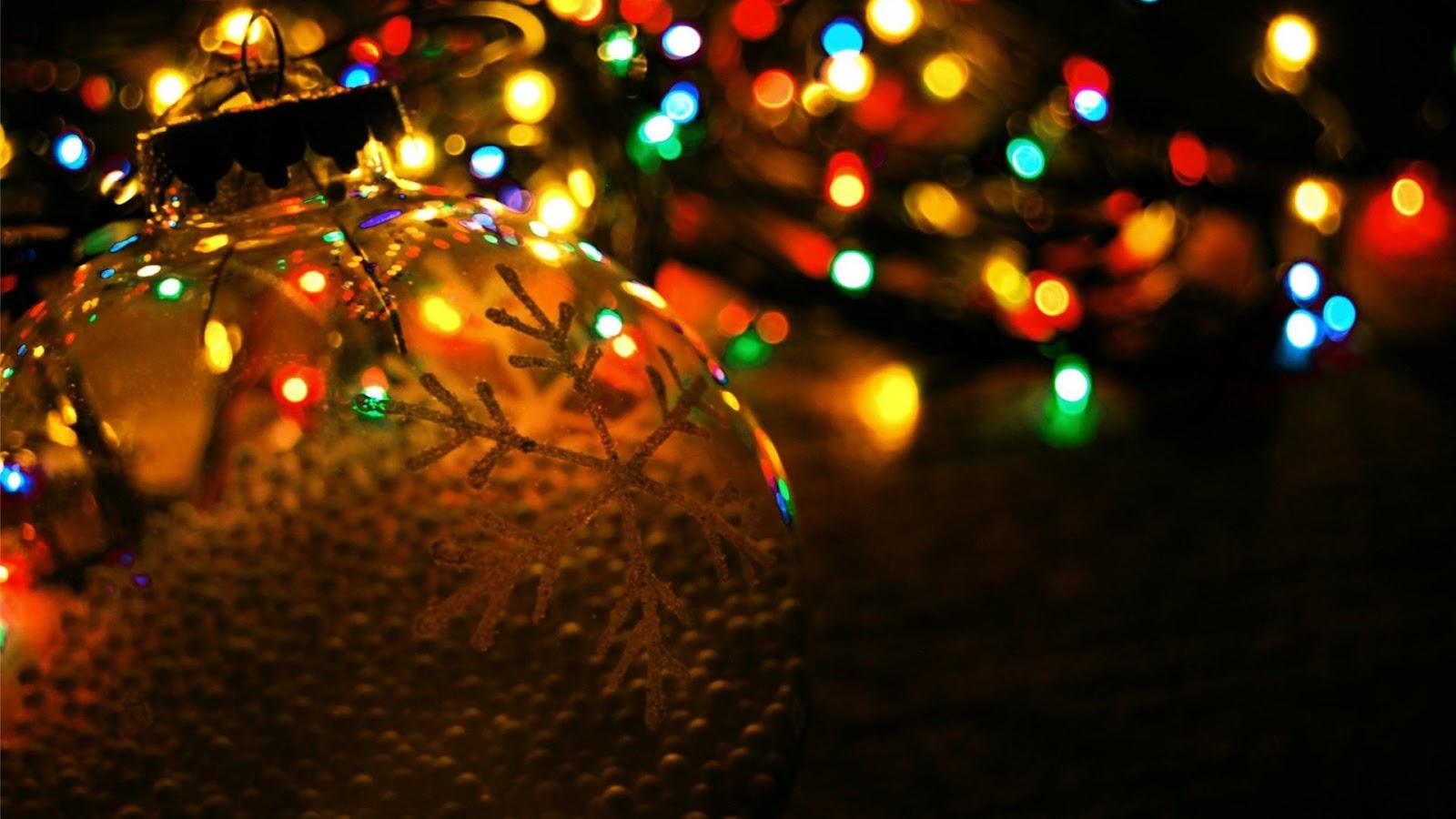 Pretty Christmas Lights Wallpaper