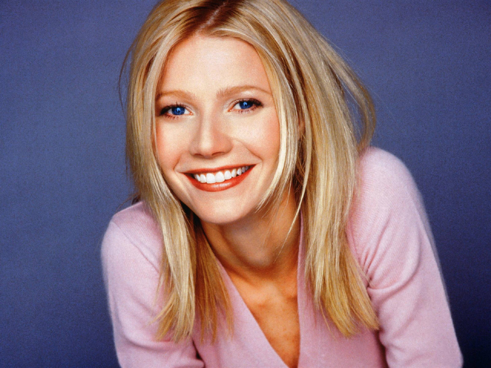 """Download the following Pretty Gwyneth Paltrow 23463 by clicking the orange button positioned underneath the """"Download Wallpaper"""" section."""