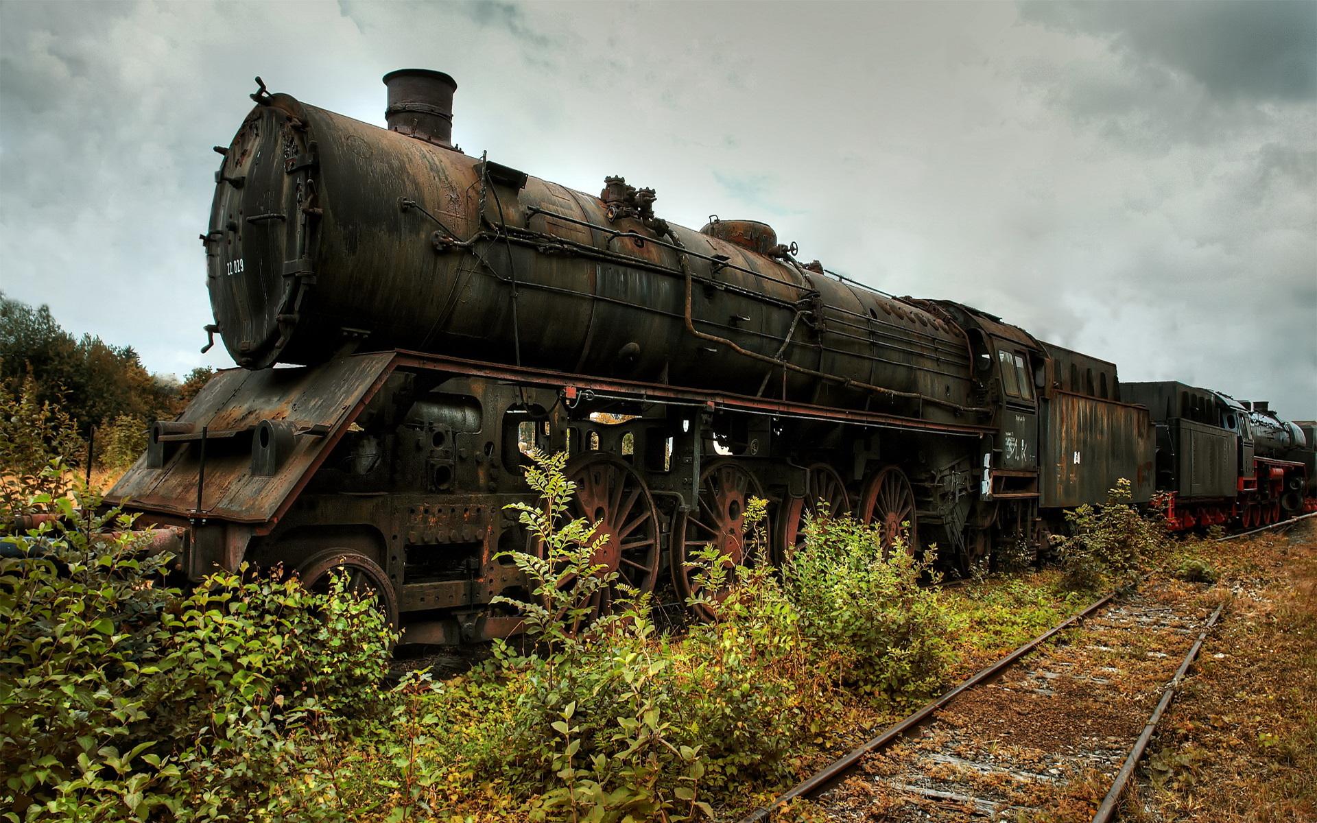 Pretty Locomotive Wallpaper