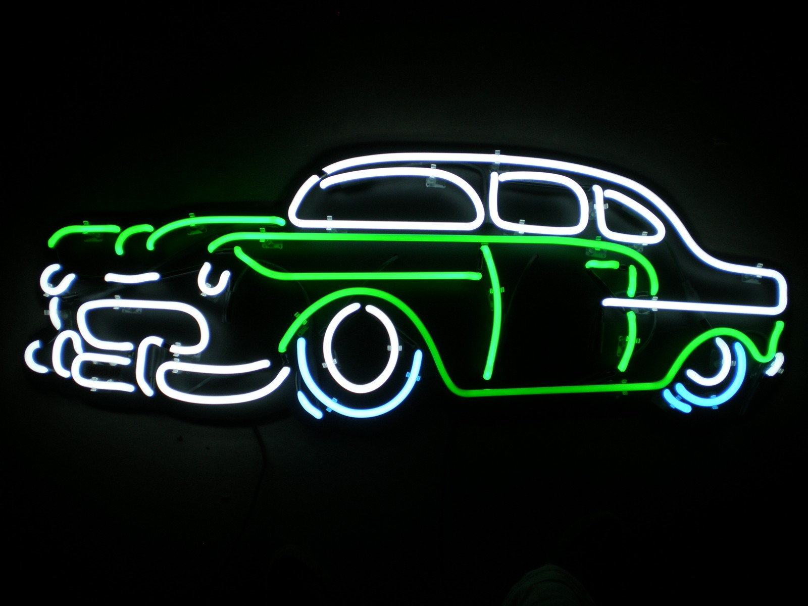 Pretty Neon Sign Wallpaper