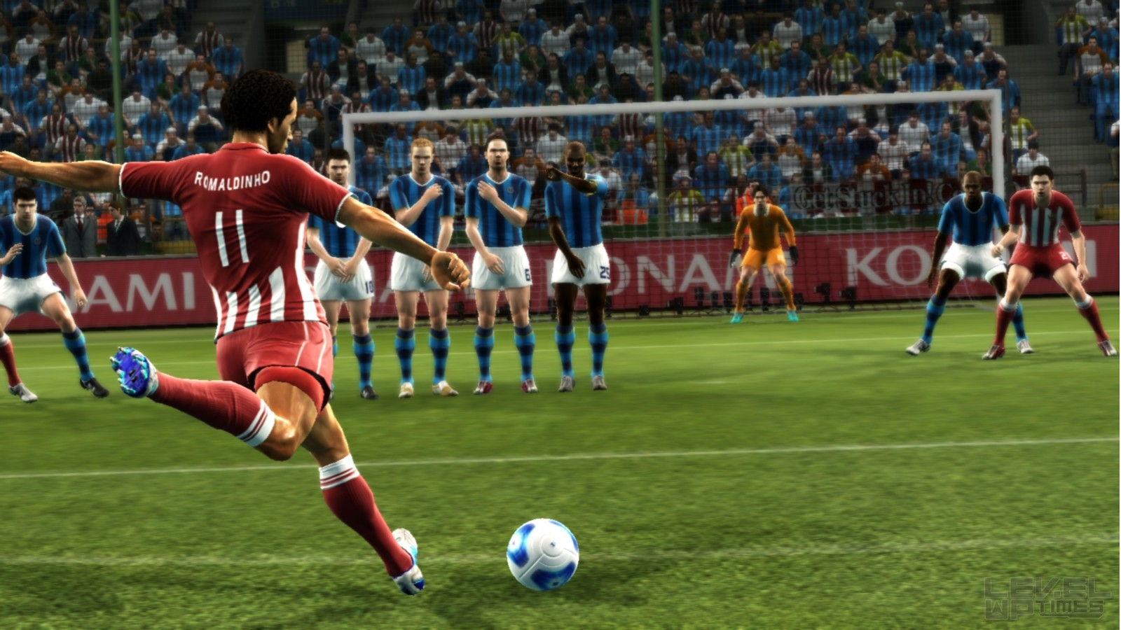 Pro Evolution Soccer ...