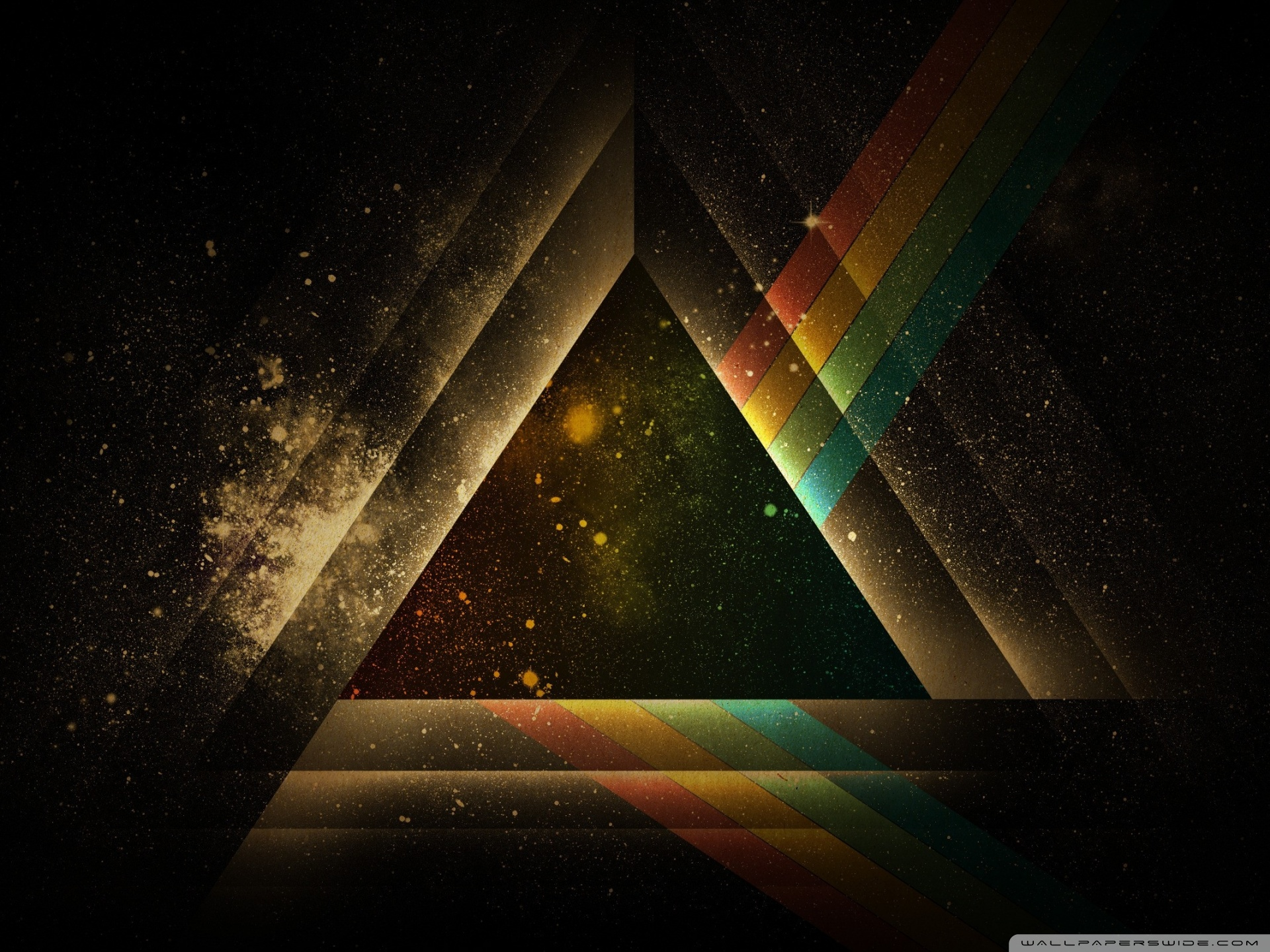Pyramid Wallpaper