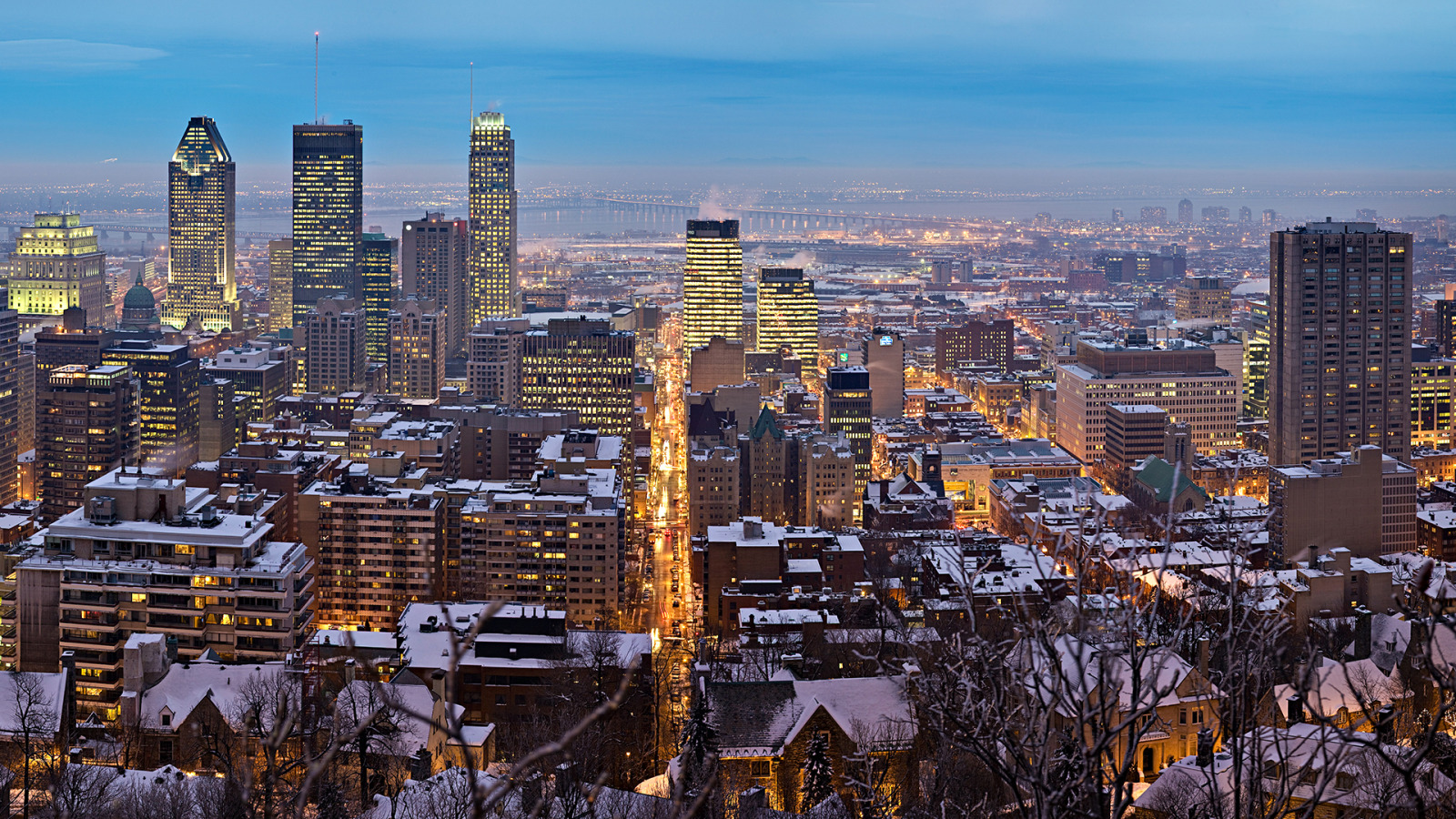 Download Montreal Panorama, Quebec Wallpaper :