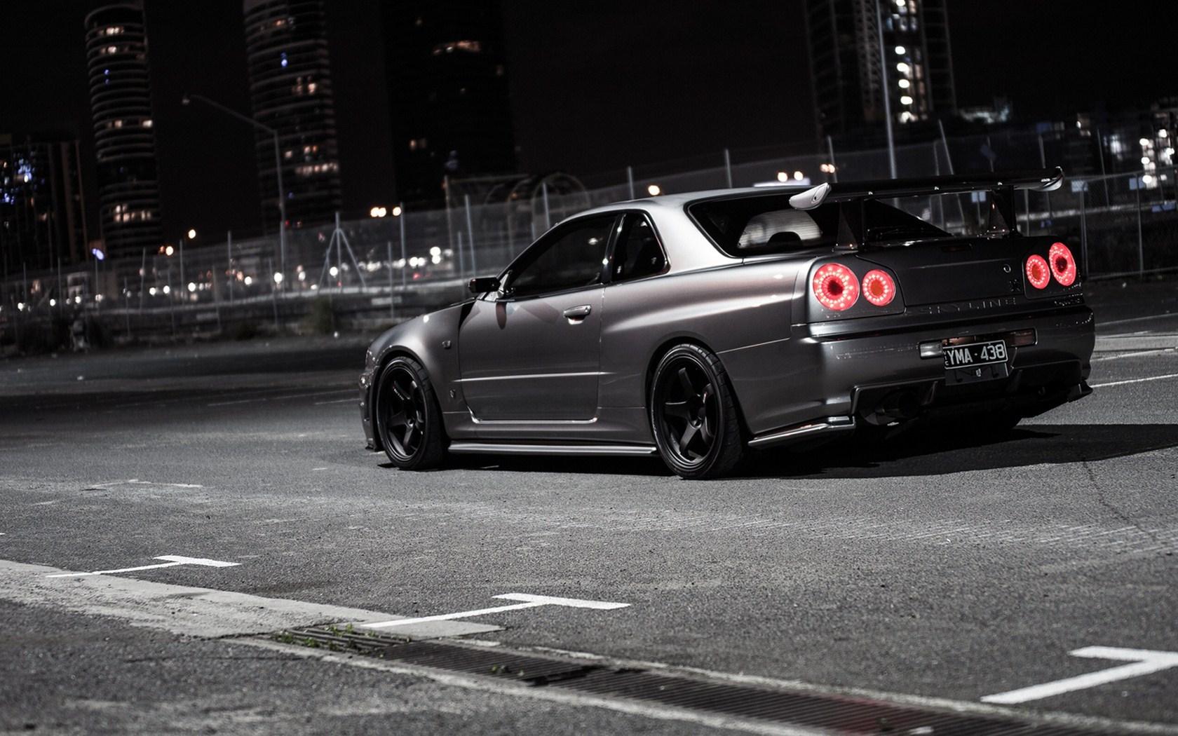 Nissan Skyline R34 Street Night