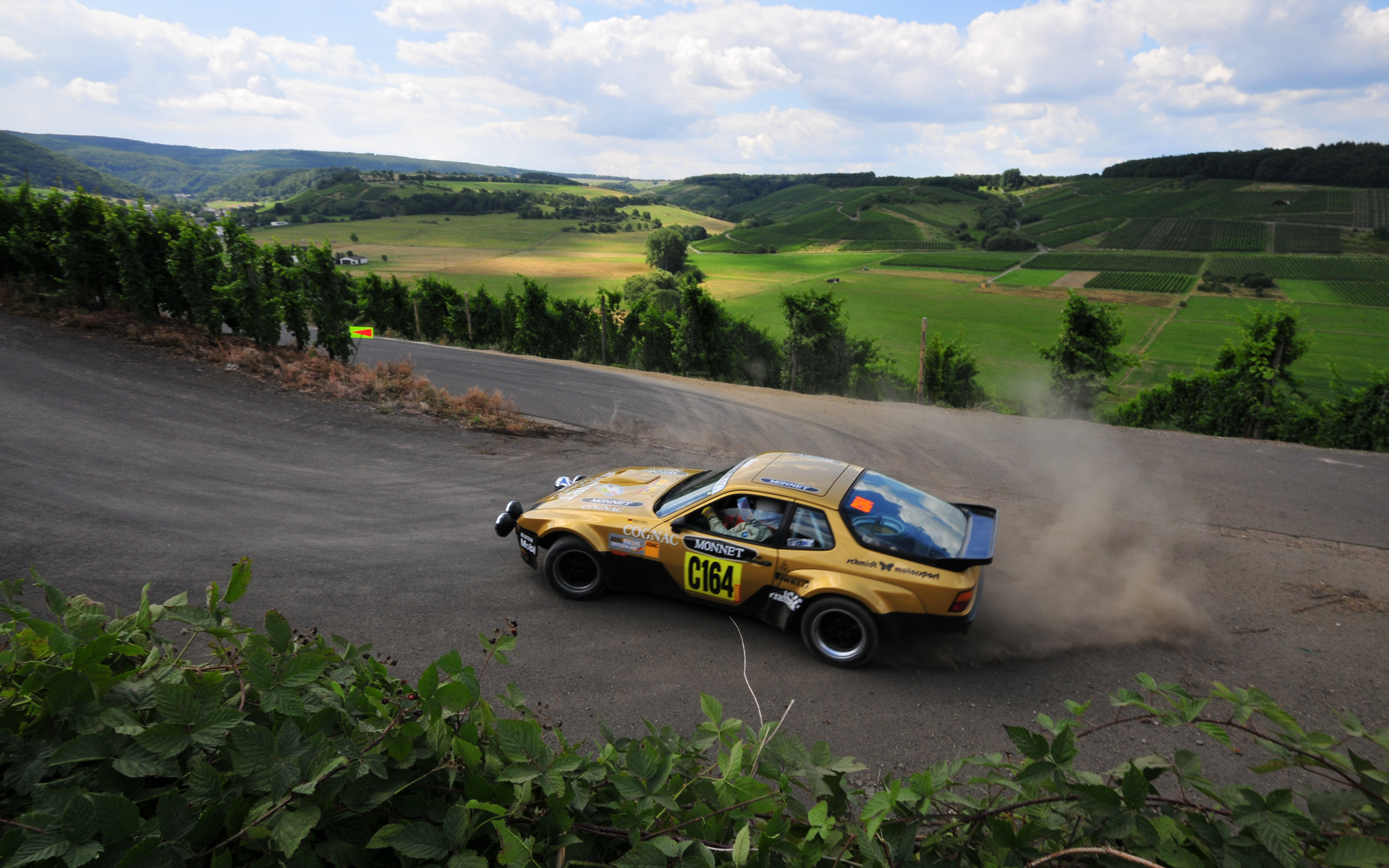 Porsche Rally HD Wallpaper. Download 1920 × 1200, 1 MB