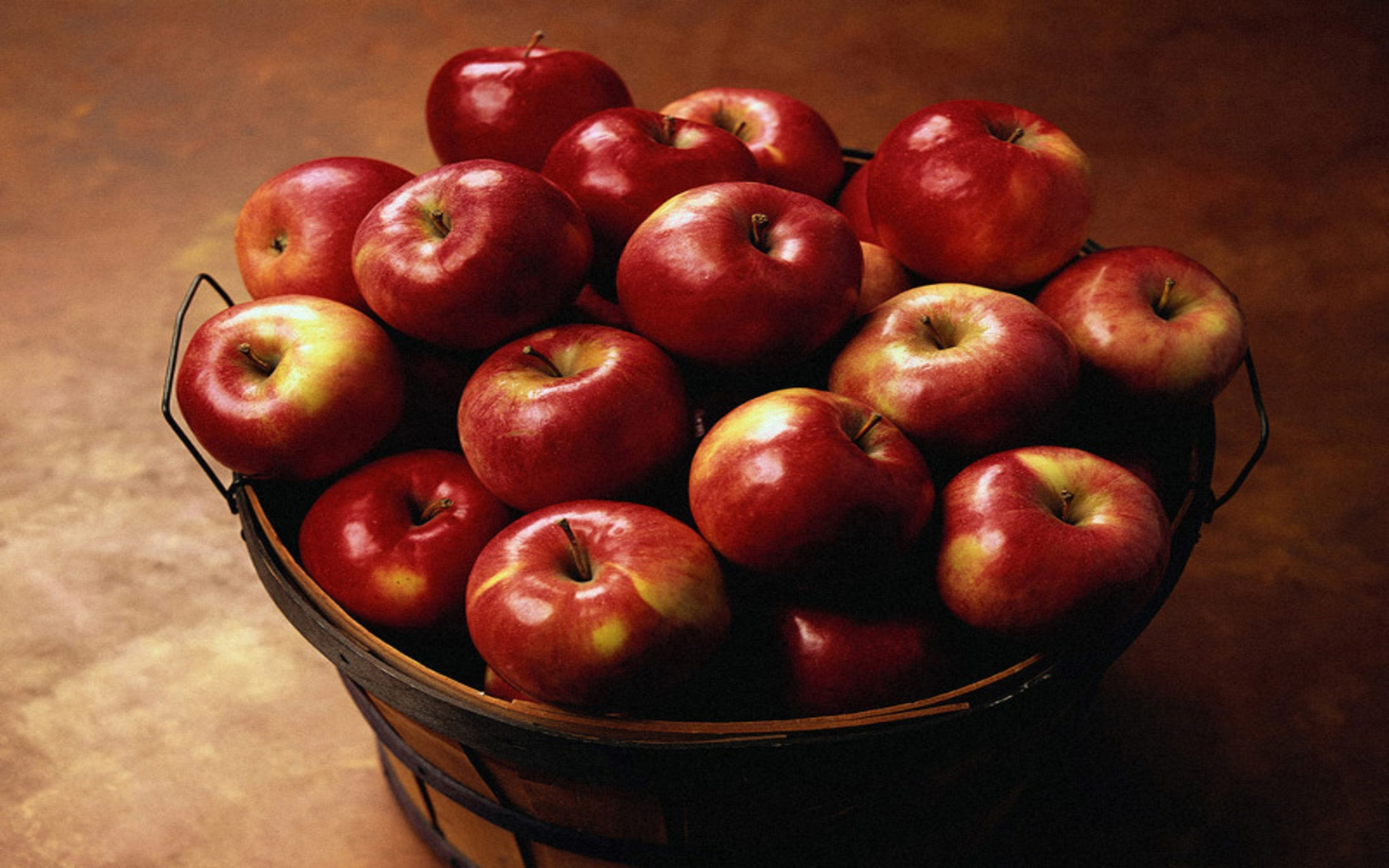 Red Red Apples <3