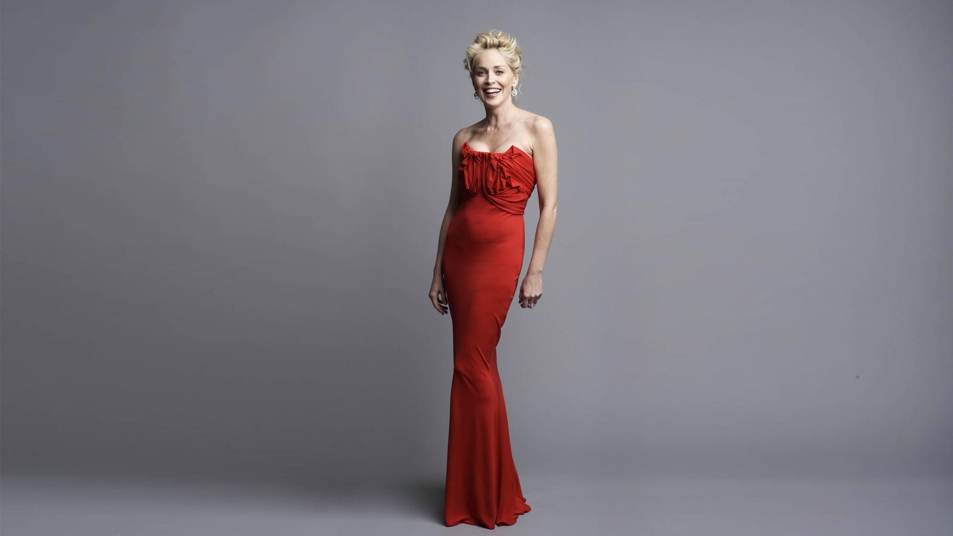 Red Dress Wallpaper HD