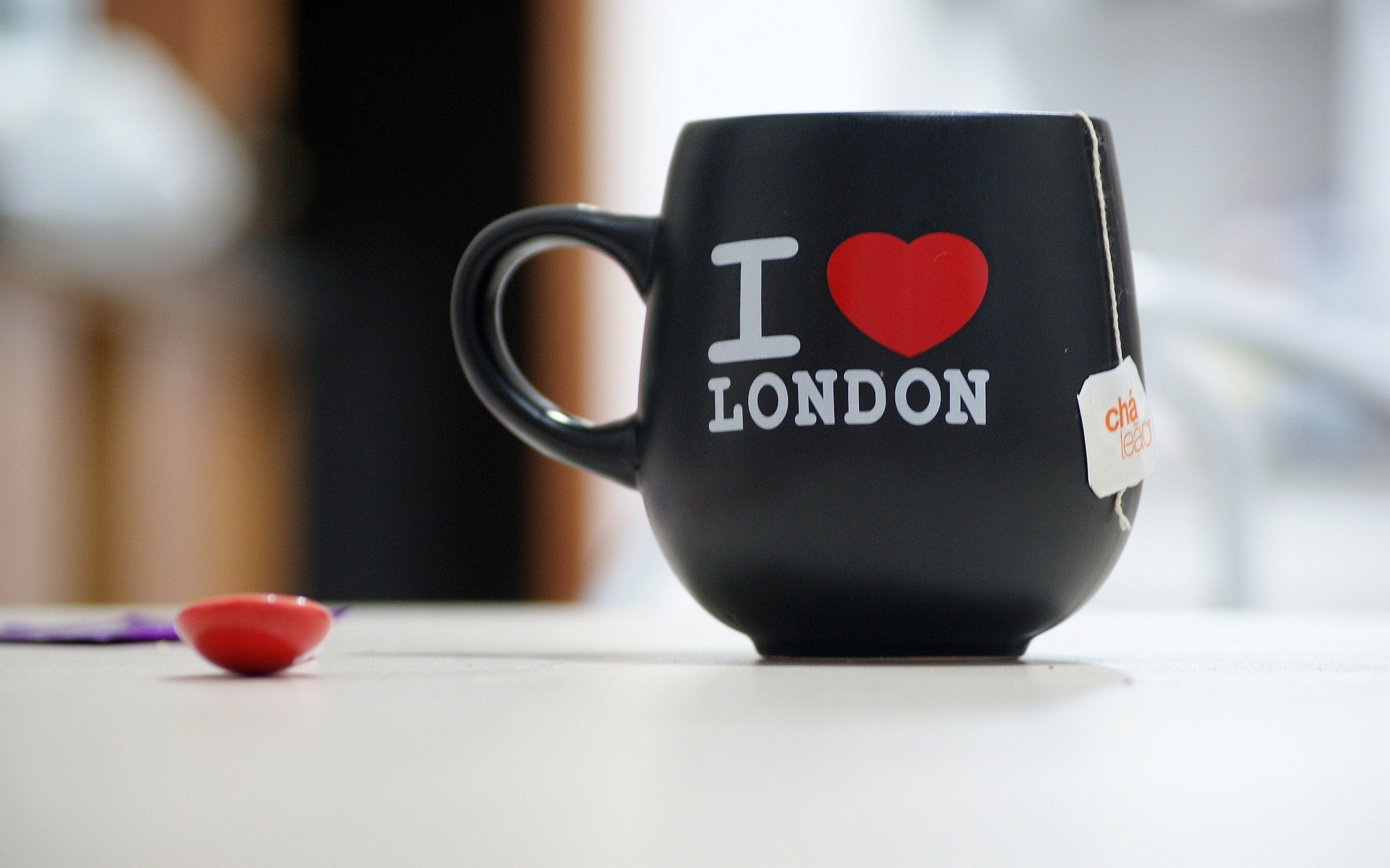 Red Heart Cup I Love London Photo