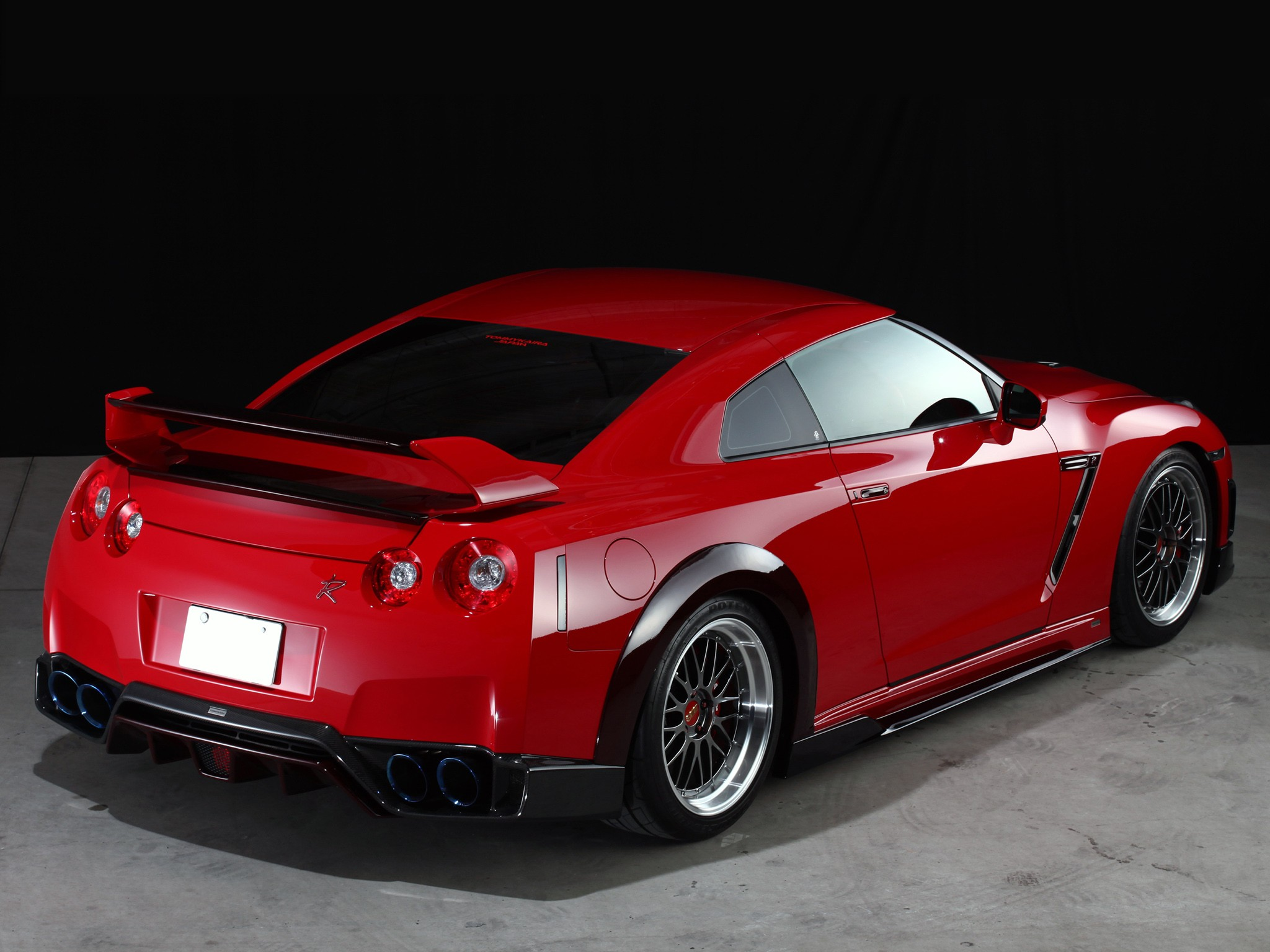 Car photo download instructions for Nissan Skyline Gtr R35 Red: Download this image as desktop background wallpaper in HD resolution for free.